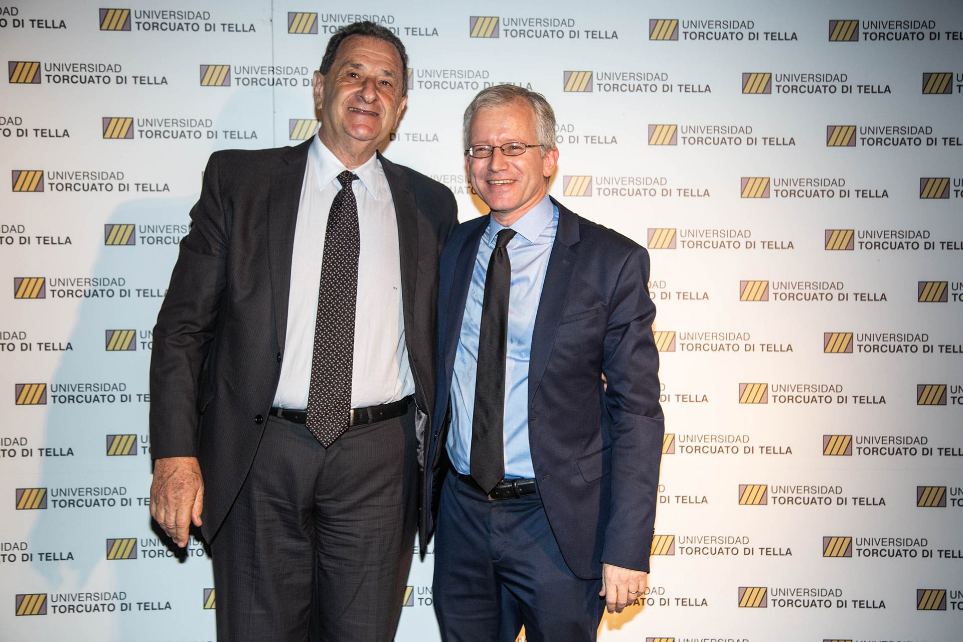 Bernardo Kosacoff y el rector saliente