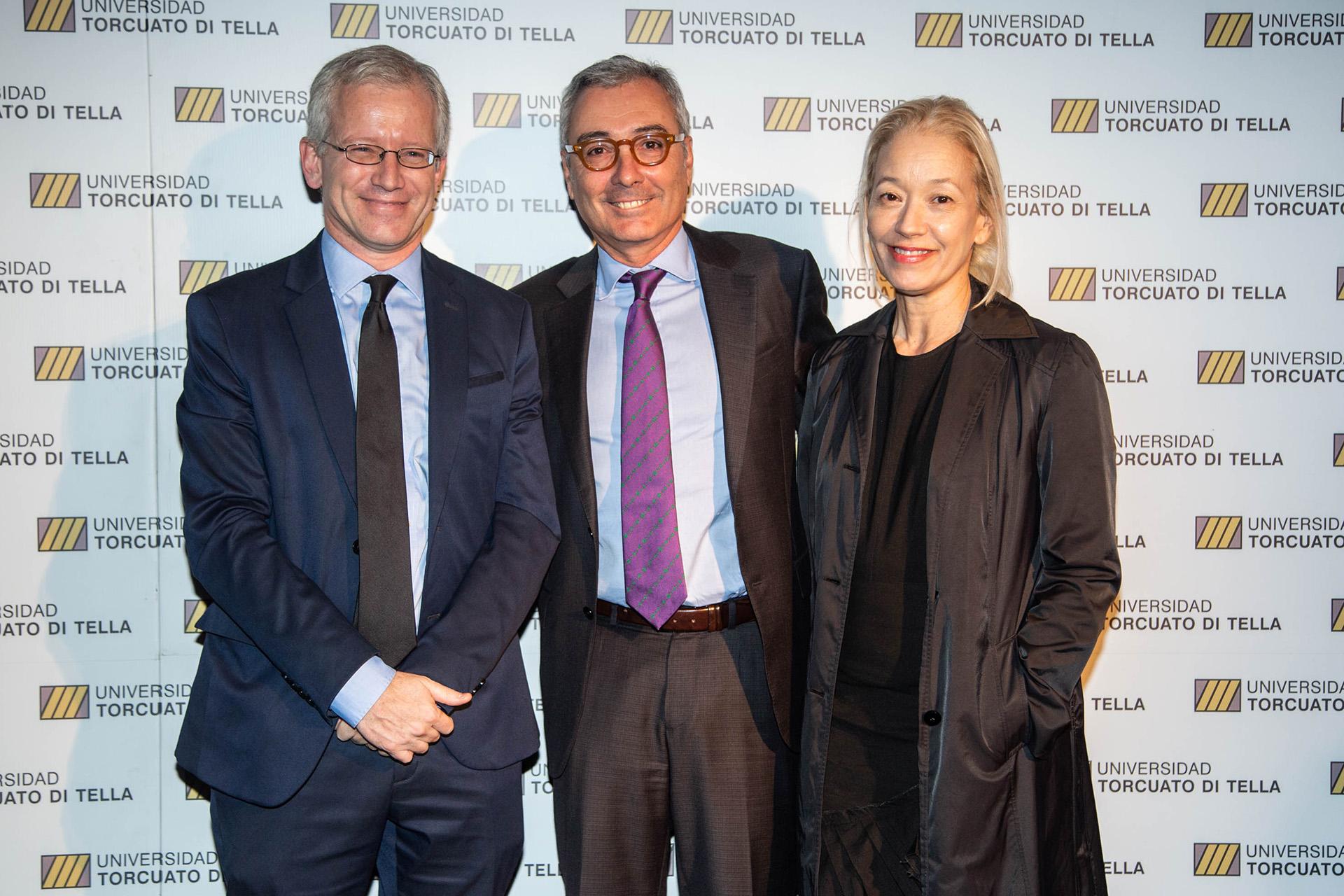 Schargrodsky junto a Ricardo Torres y su esposa
