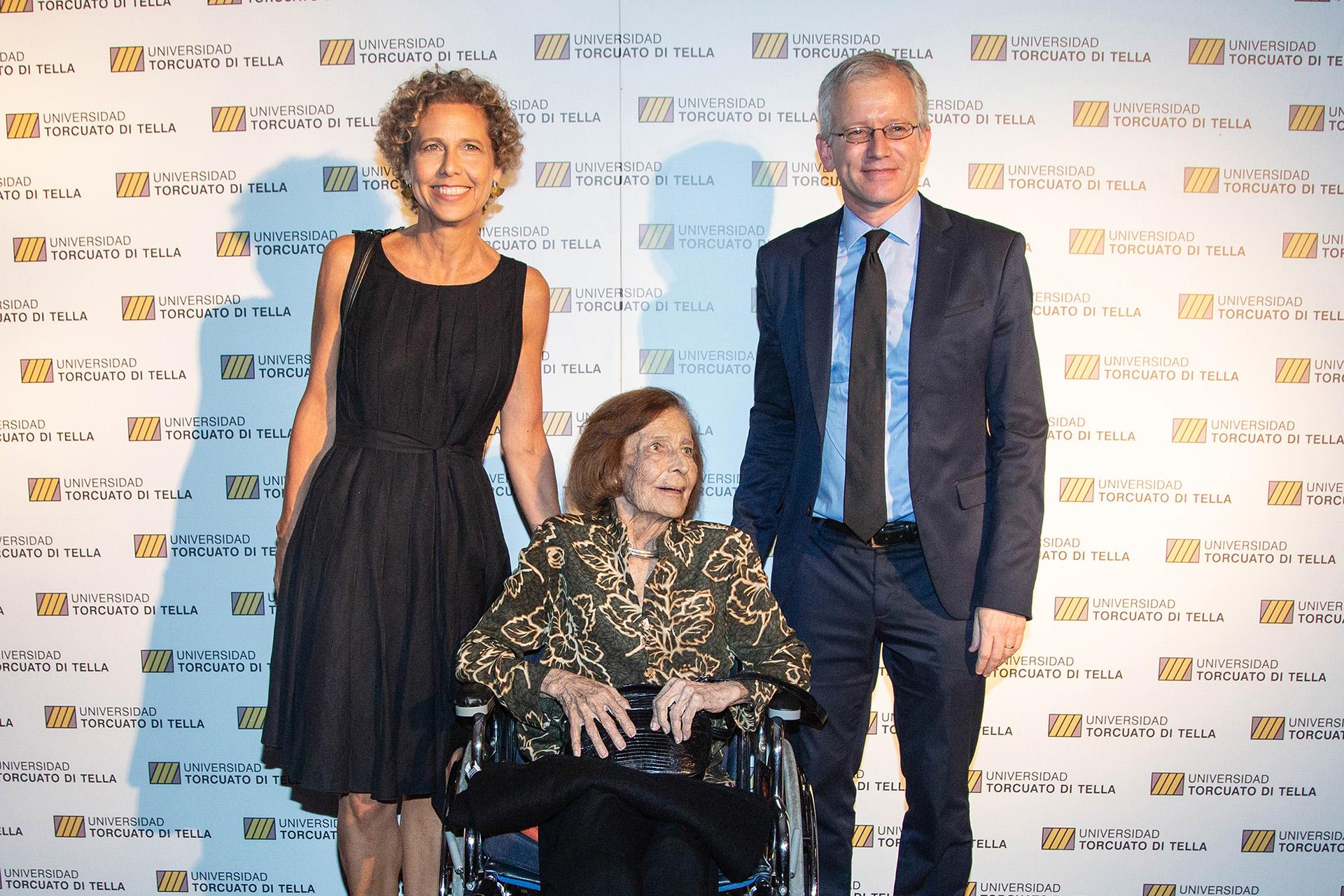 Paula y Nelly Di Tella, y Ernesto Schargrodsky