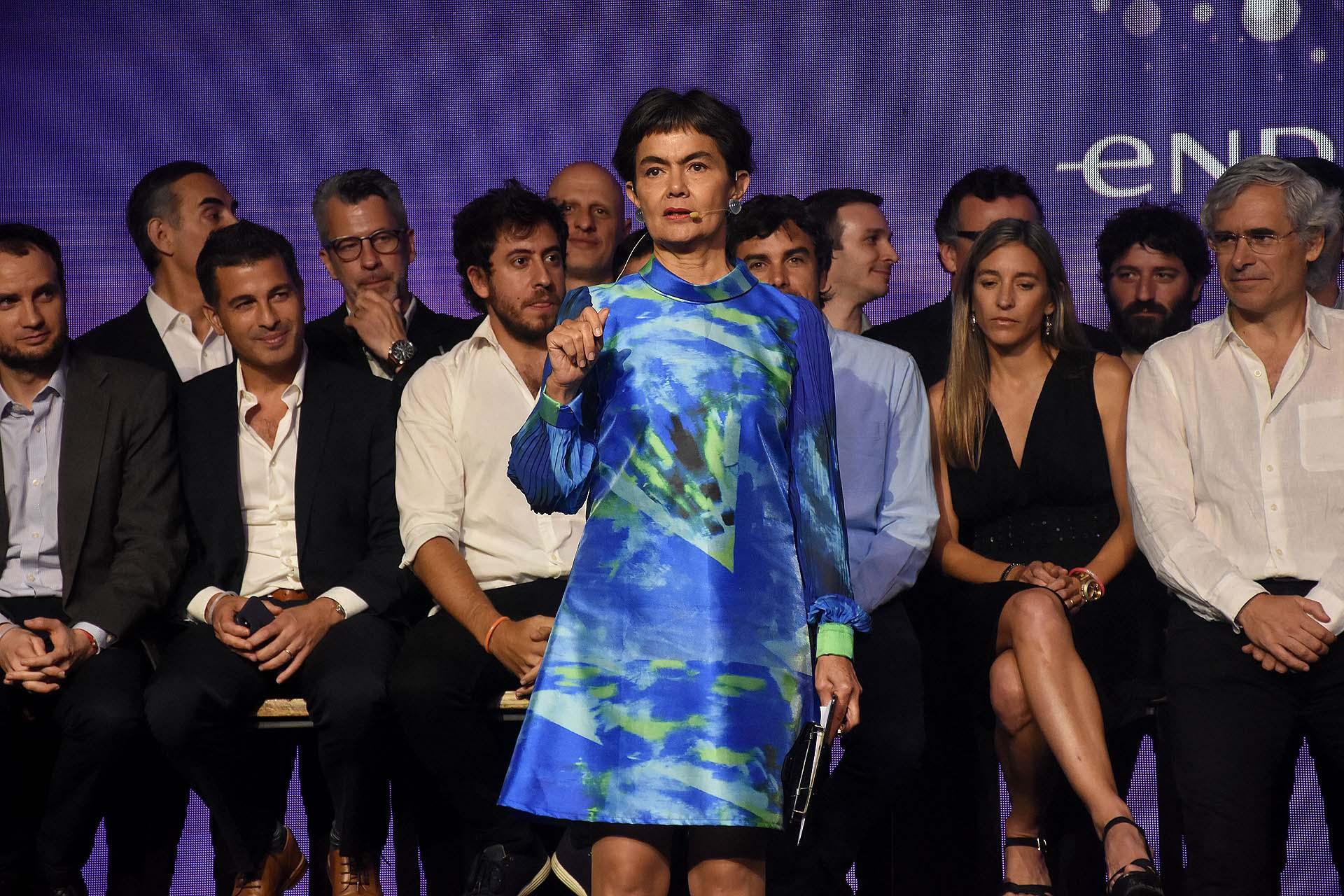 María Eugenia Estenssoro ofició de conductora y presentó algunos de los emprendedores más importantes del país