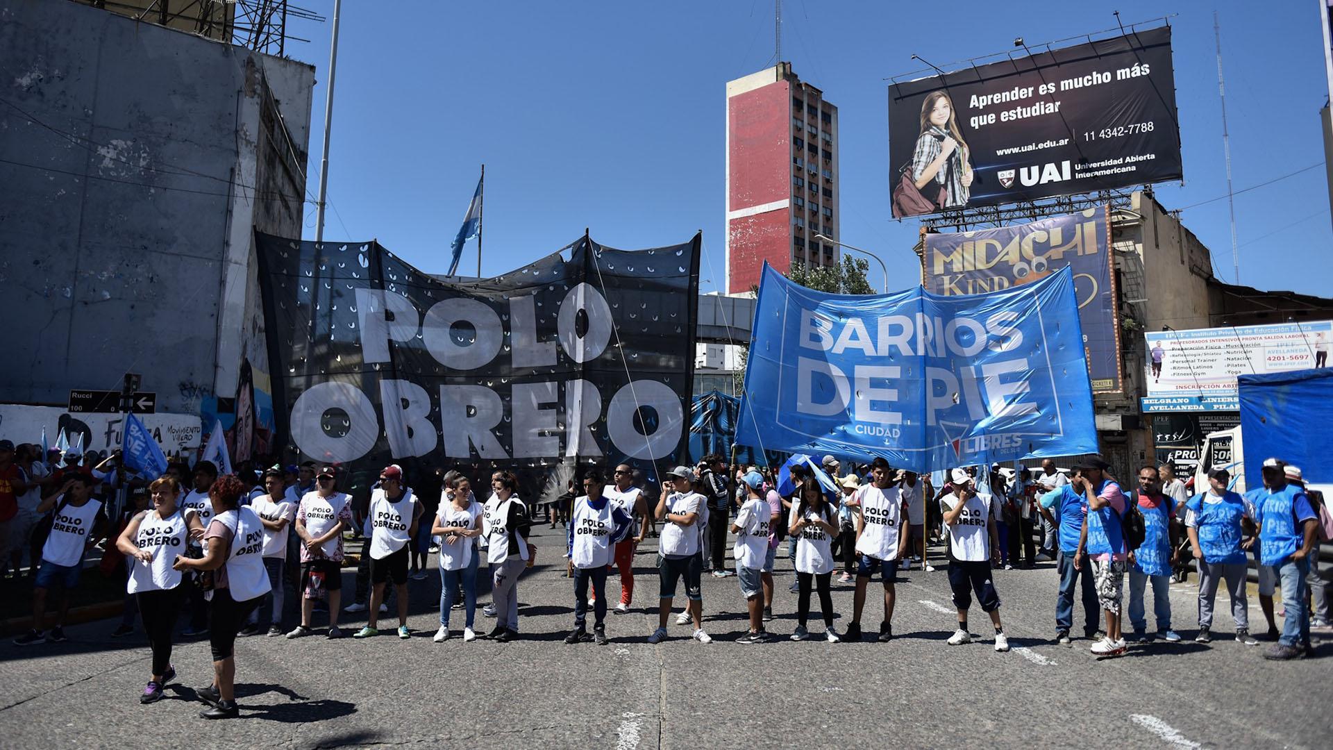 Los militantes reclaman contra el ajuste que lleva adelante el Gobierno