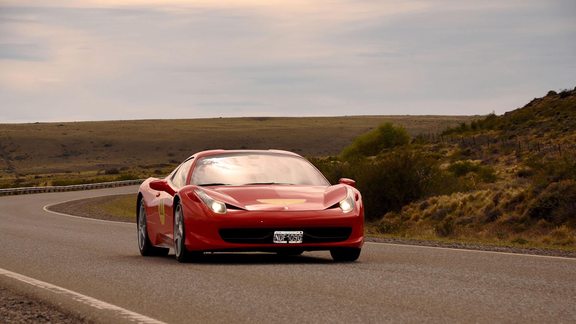 El encuentro fue organizado por el Ferrari Club Chile con el apoyo del Ferrari Club Argentino. La caravana comenzó el 9 de noviembre en Punta Arenas y terminó cinco días después en la misma ciudad chilena