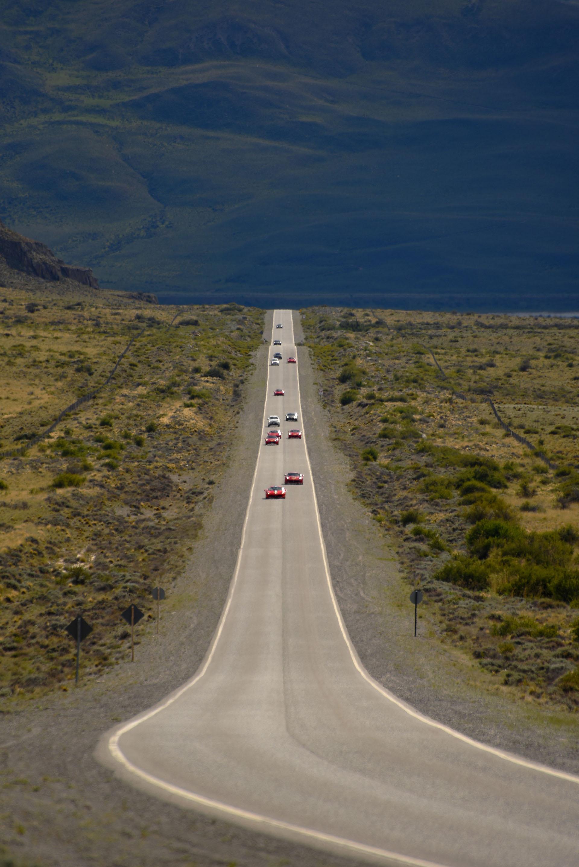 Una imagen imponente de la ruta provincial 11 de Santa Cruz, en El Calafate