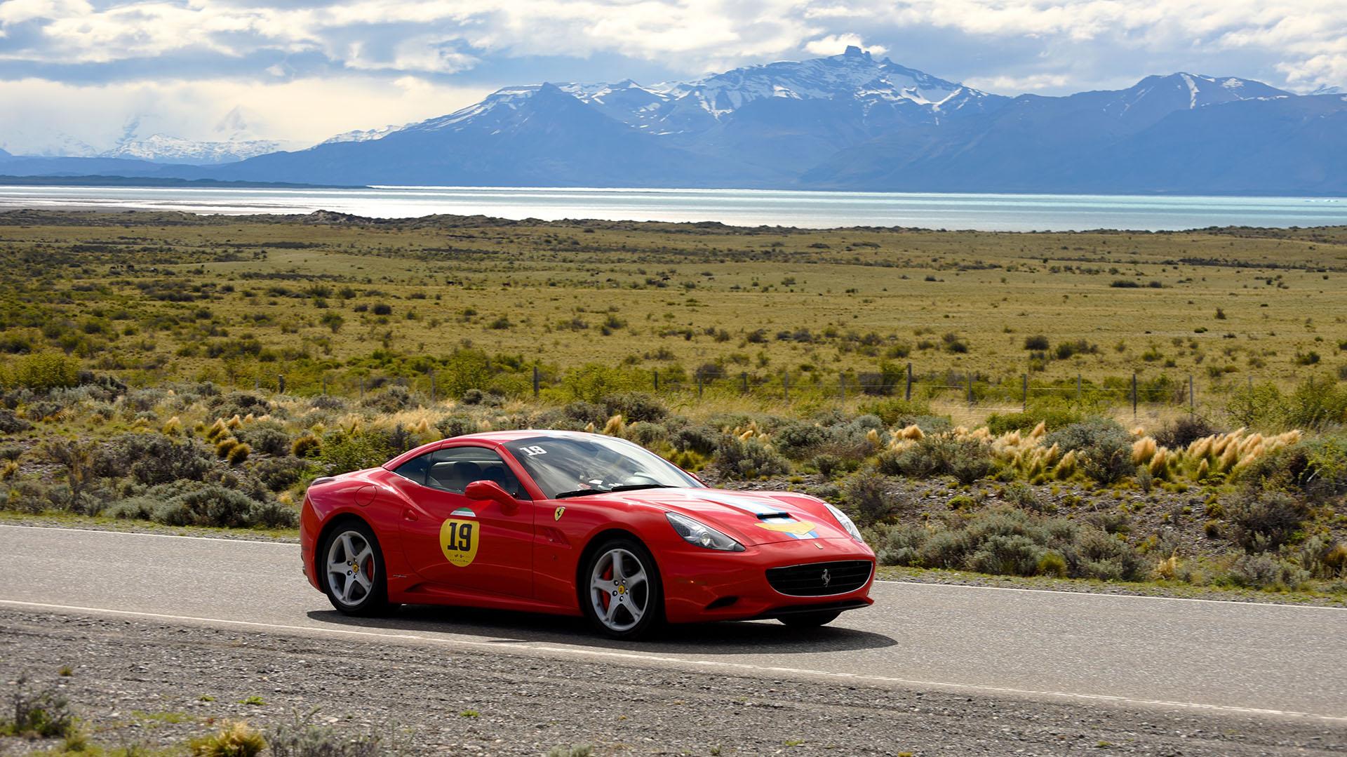 Según explicó Roberto Busel, presidente del Ferrari Club Chile, el evento volverá el año próximo con más participantes, nuevos destinos y nuevas campañas solidarias