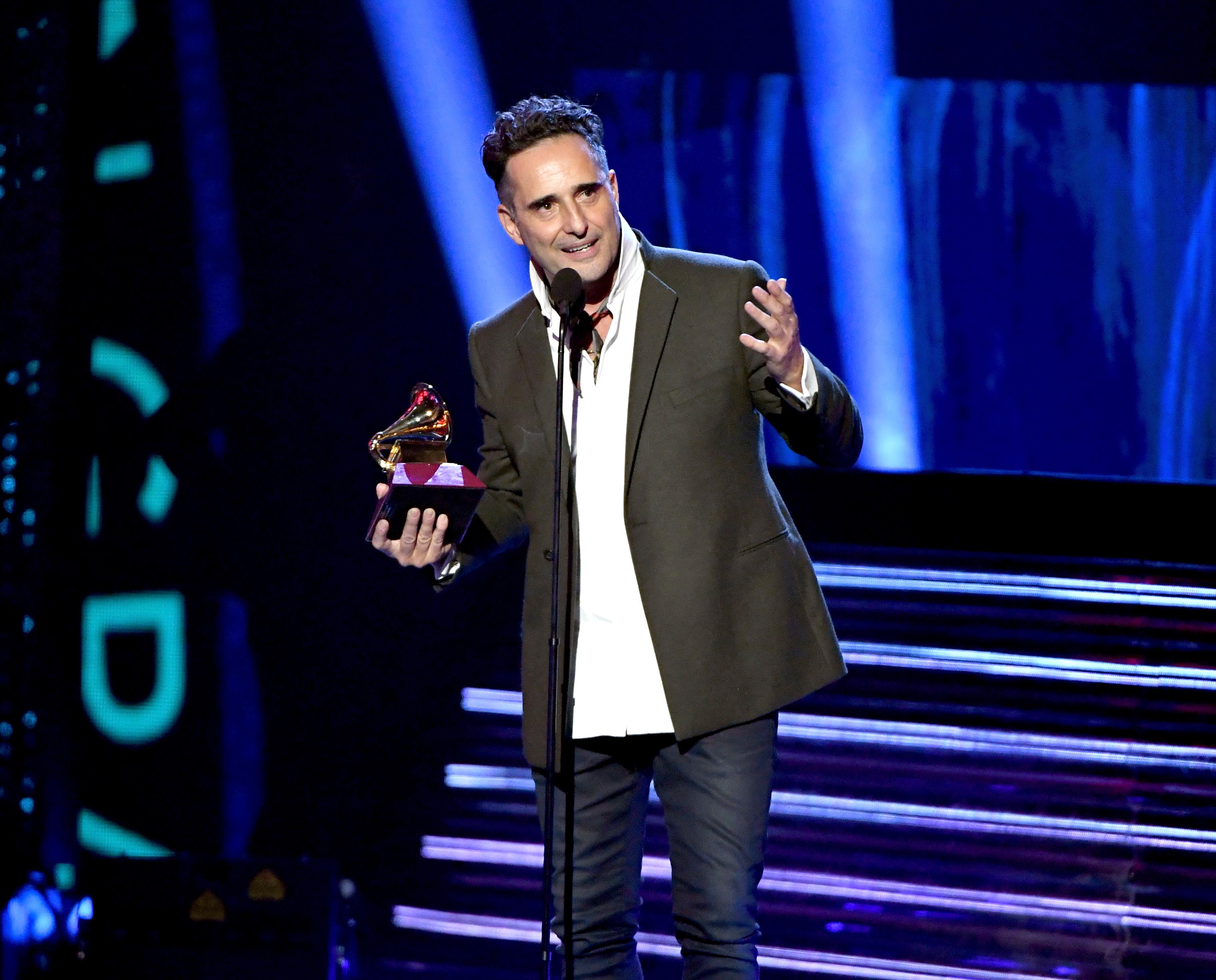 Jorge Drexler triunfó en la categoría música del año por su canción 'Telefonia'
