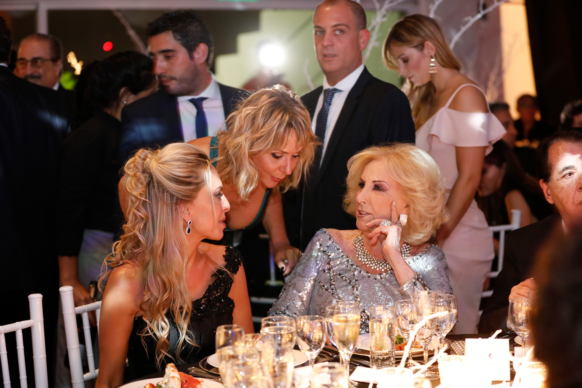Daniela Bruno, Evelyn Von Brocke y Mirtha Legrand