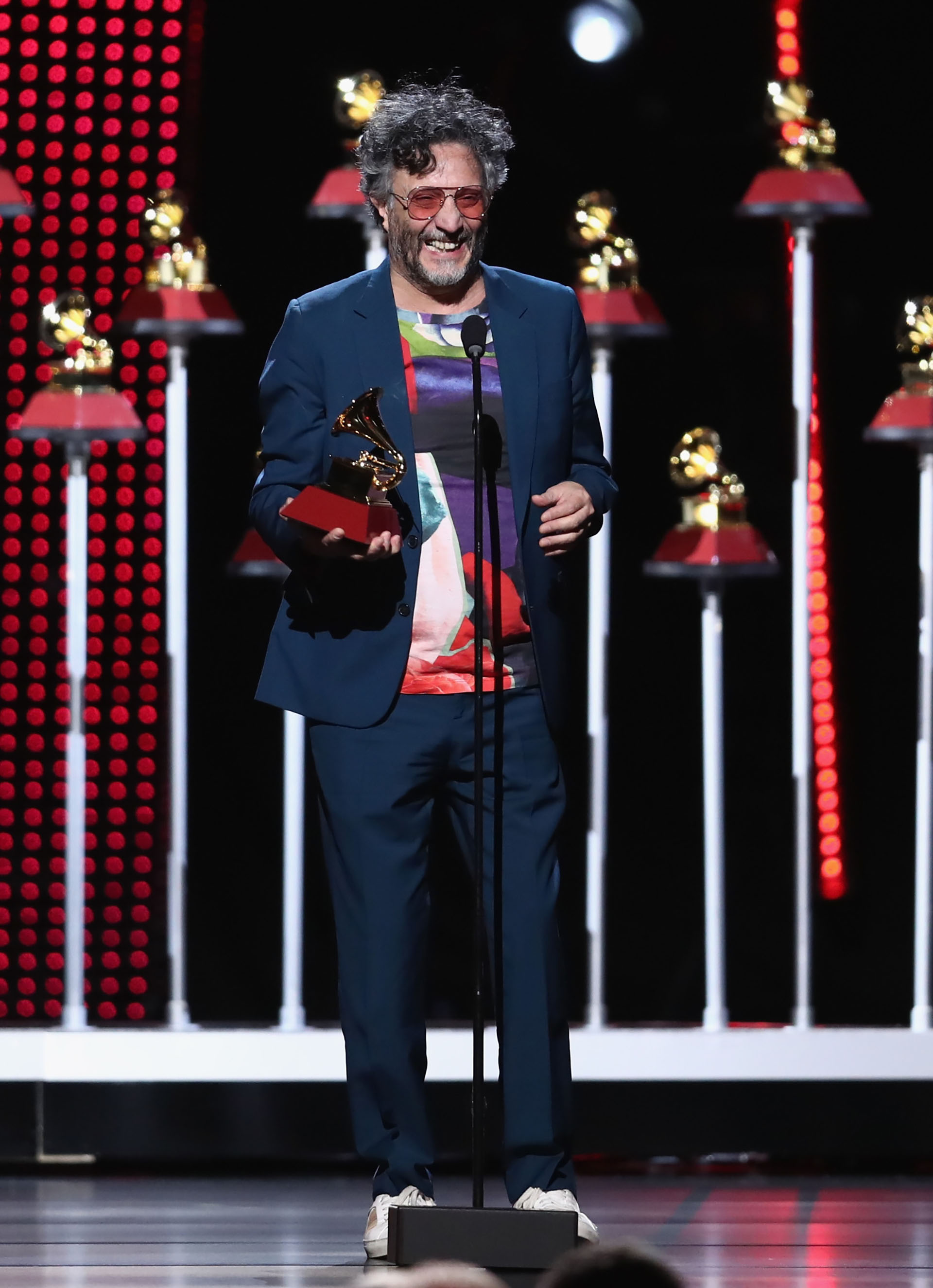 Fito Paez fue distinguido en los premios Grammy Latinos 2018 durante la ceremonia que se realizó en Las Vegas, Nevada (Rich Polk/Getty Images for LARAS/AFP)