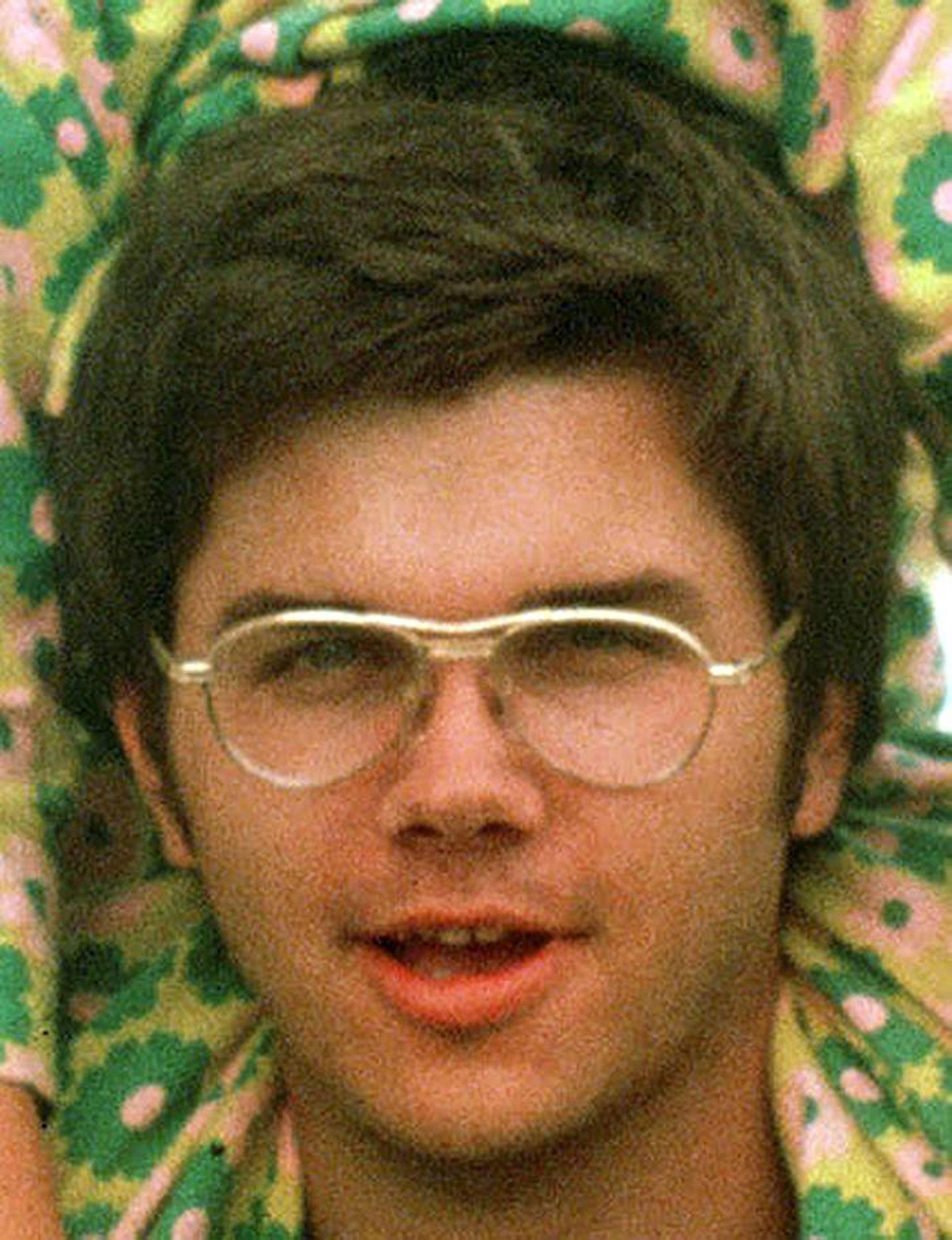 Mark Chapman en la época en que asesinó a John Lennon (AP)