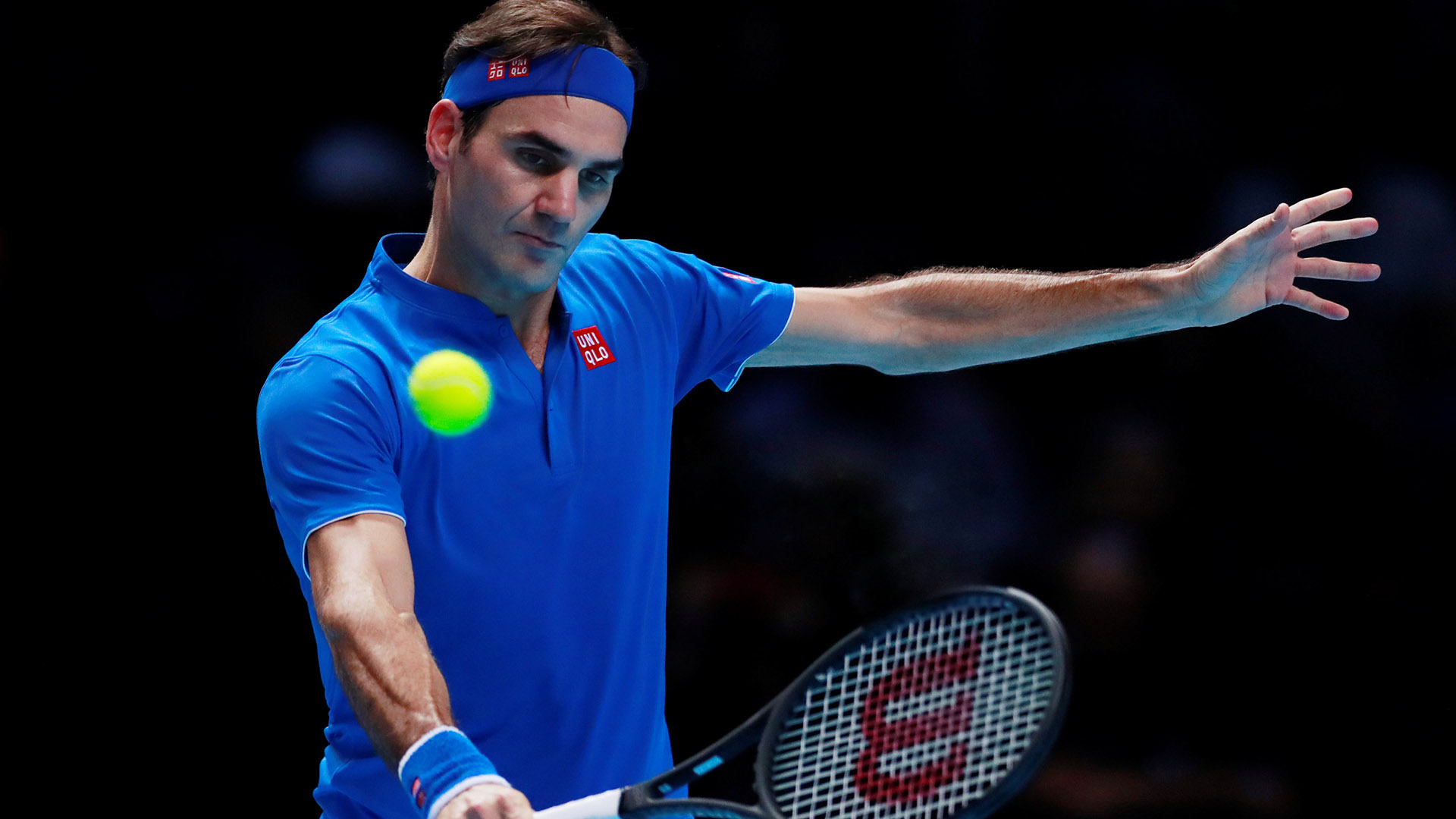 Tennis – ATP Finals – The O2, London, Britain – November 17, 2018 Switzerland's Roger Federer in action during his semi final match against Germany's Alexander Zverev Action Images via Reuters/Andrew Couldridge