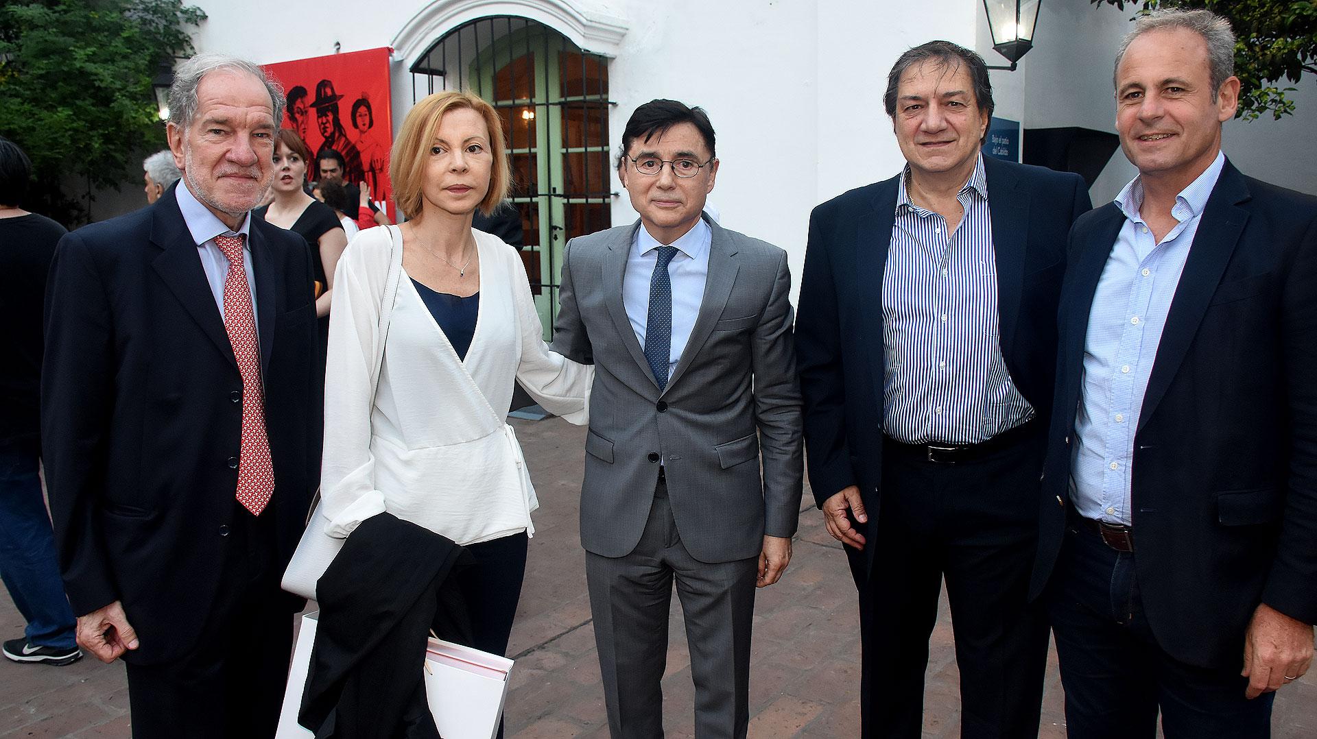 Héctor D'Amico, Silvana Boschi, Jorge Fontevecchia, Alberto Amato y Claudio Jacquelin