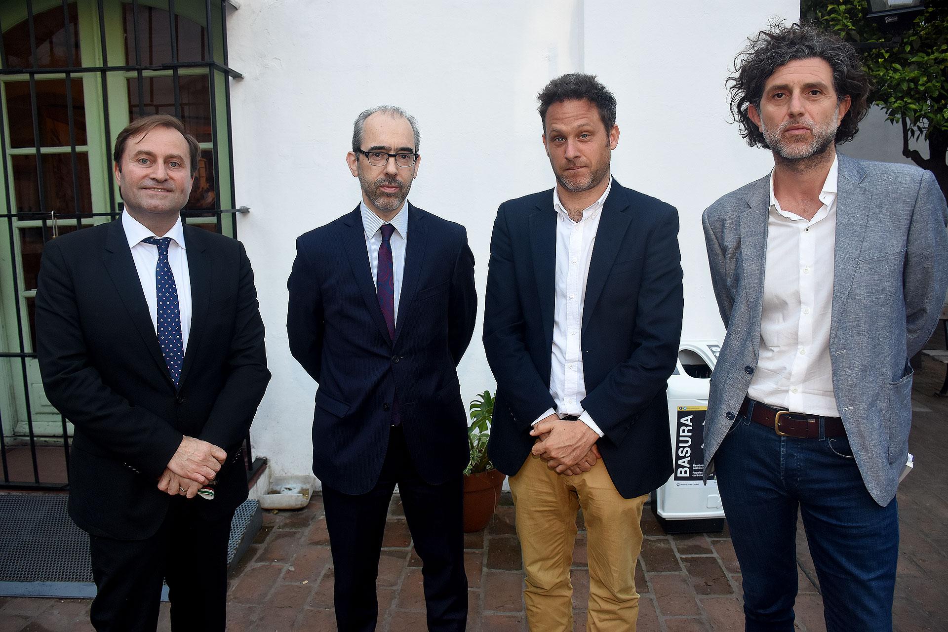 Sclauzero, González, Sivak e Ignacio Iraola,director editorial para el Cono Sur del GrupoPlaneta