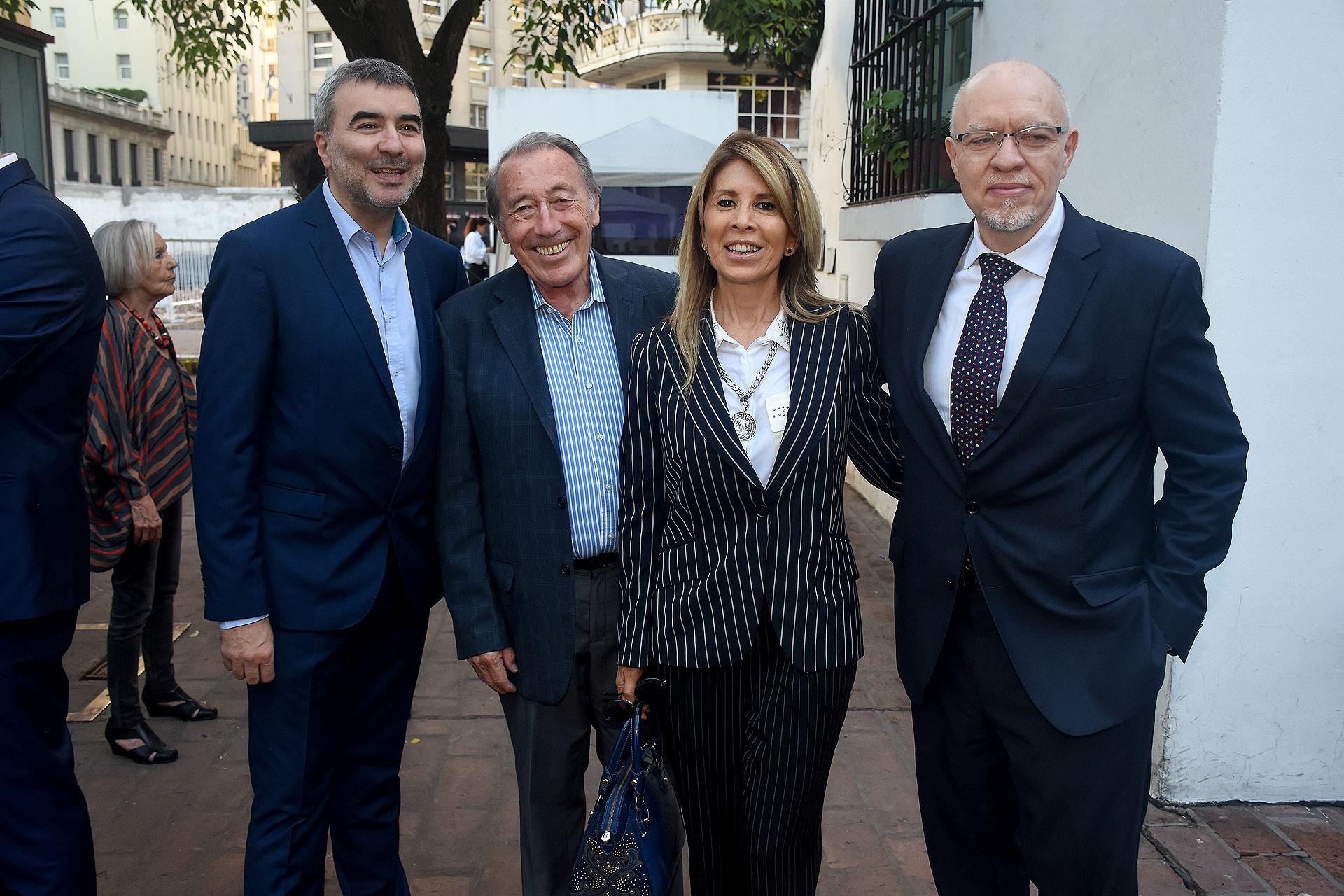 Javier Calvo, Juan Ignacio López -ex vocero de Raúl Alfonsín-, Castaño y Fernández Díaz