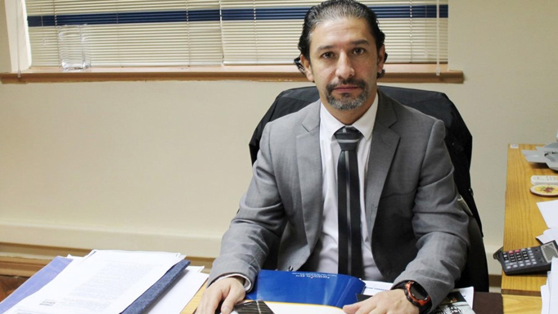 El fiscal Fuentes Paredes no imputará al lonko mapuche bajo la Ley Antiterrorista, que hubiera agravado las pena que solicitará al Tribunal Oral en lo Penal de Valdivia.