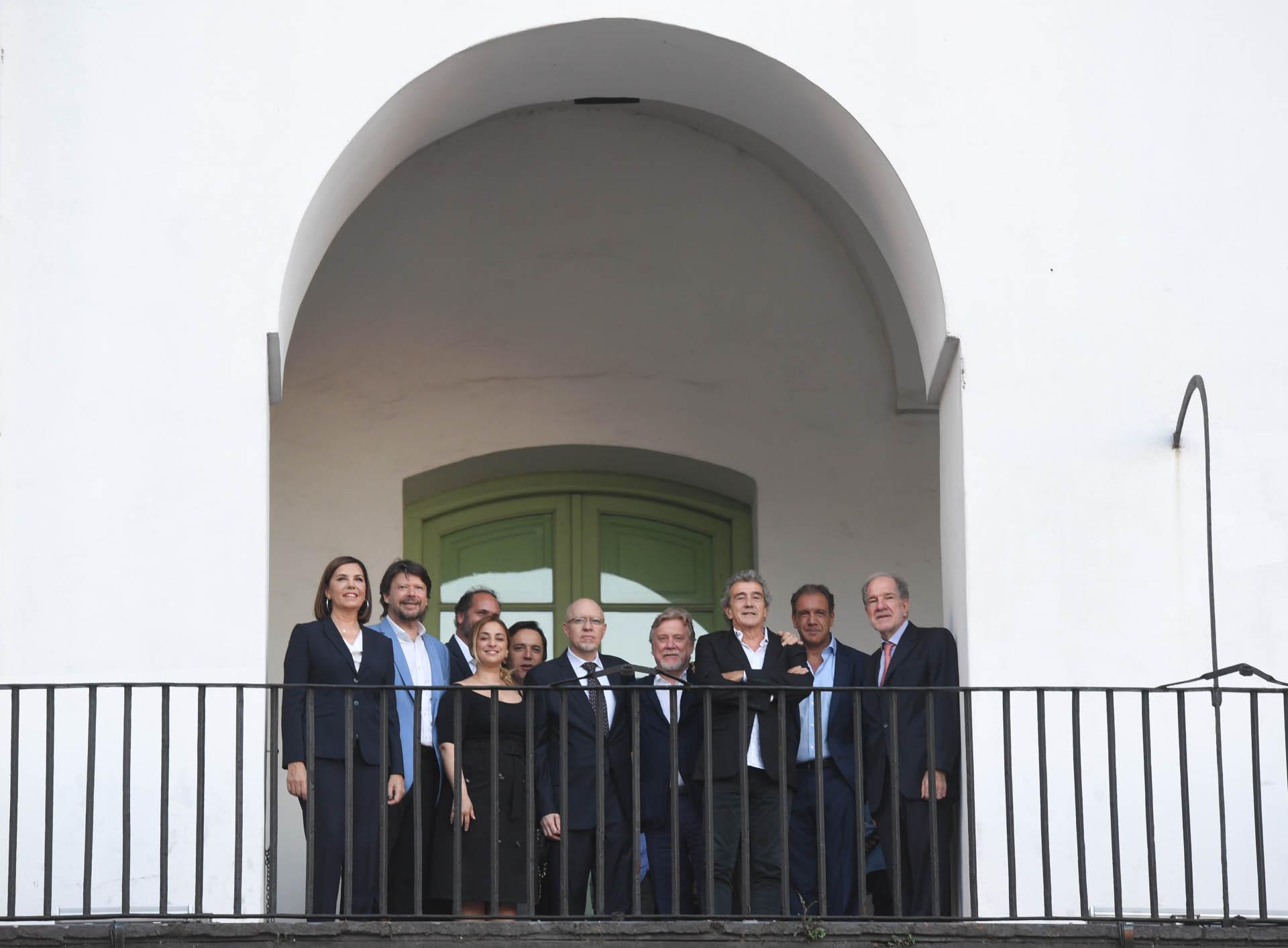 Liliana Parodi, Carlos De Elía, María Julia Oliván, Chani Guyot, José del Río, Jorge Fernández Díaz, Ricardo Kirschbaum, Ricardo Roa, Daniel Hadad, Héctor D'Amico