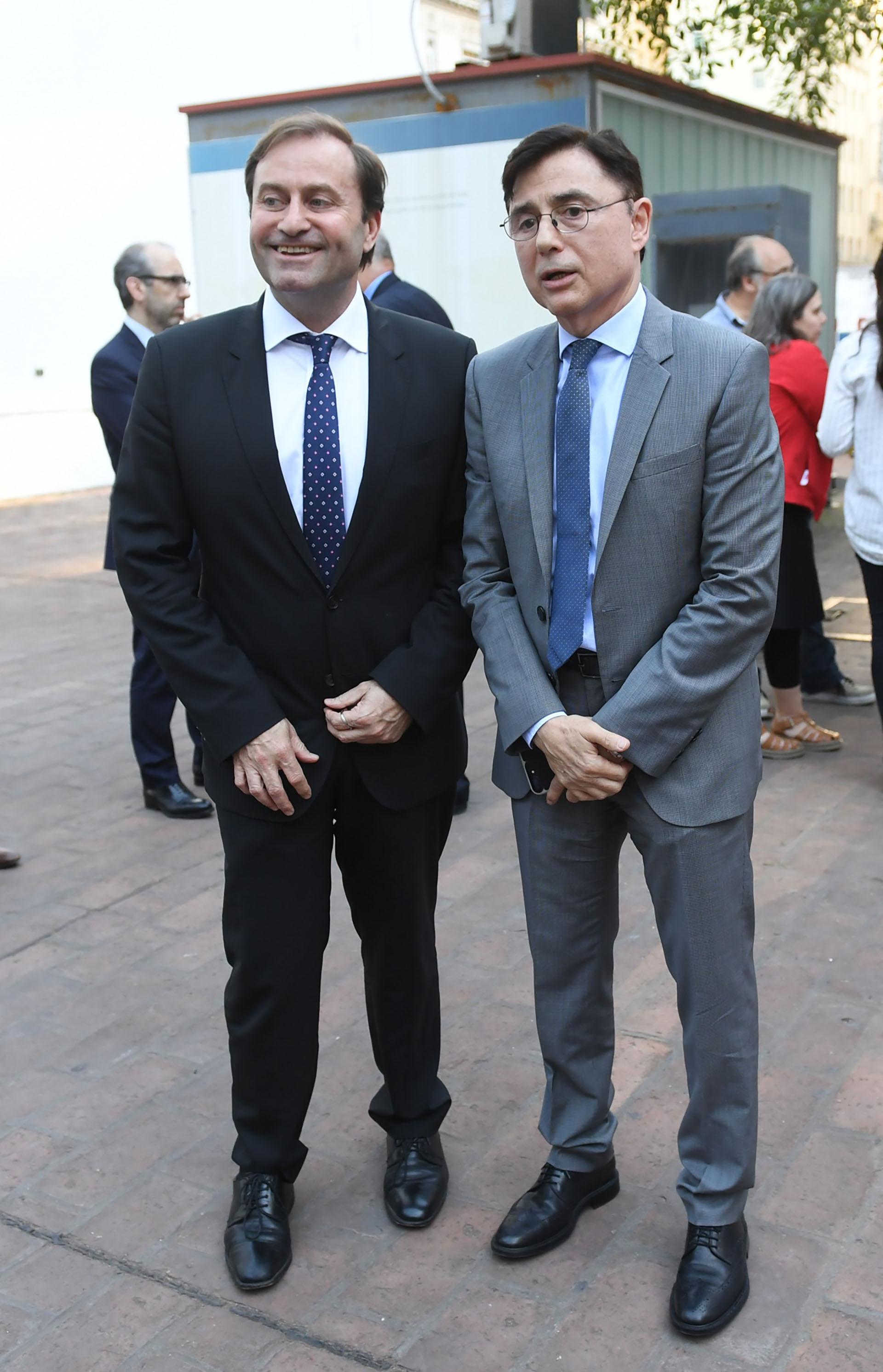 Néstor Sclauzero, gerente de Noticias de la TV Pública, junto a Fontevecchia
