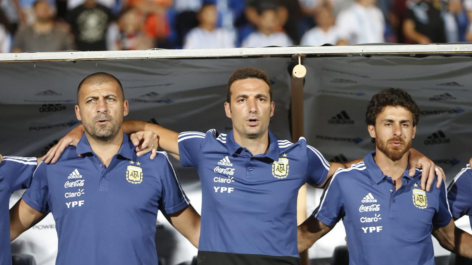 """Tras el guiño de """"Chiqui"""" Tapia, Lionel Scaloni tiene muchas posibilidades de ser ratificado como DT hata el final de la Copa América del próximo año a disputarse en Brasil (@Argentina)"""