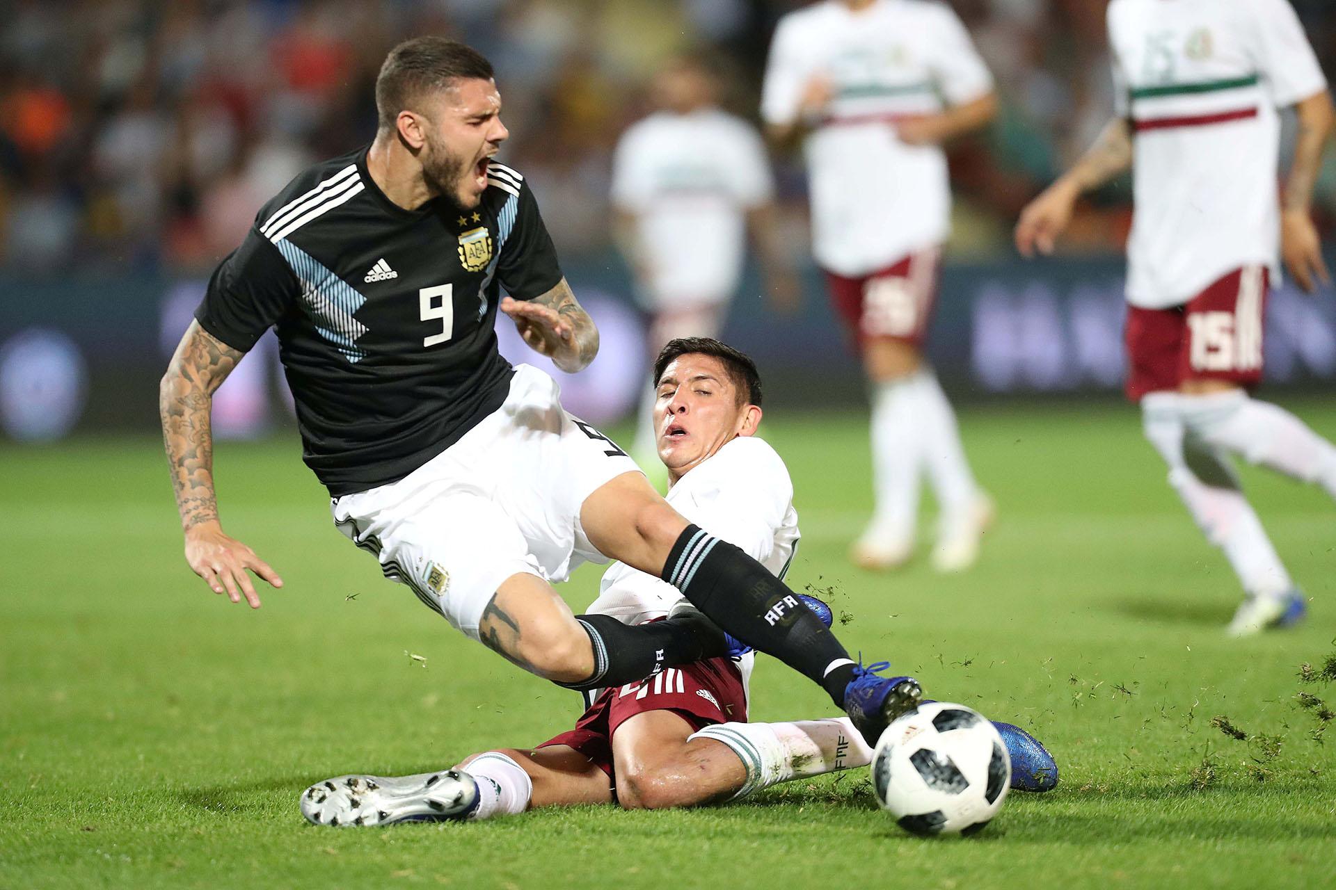 A la Argentina le faltó, tal vez, traducir ese mejor semblante en acciones de gol (además del tanto, tuvo un buen remate de Lamela) (REUTERS)