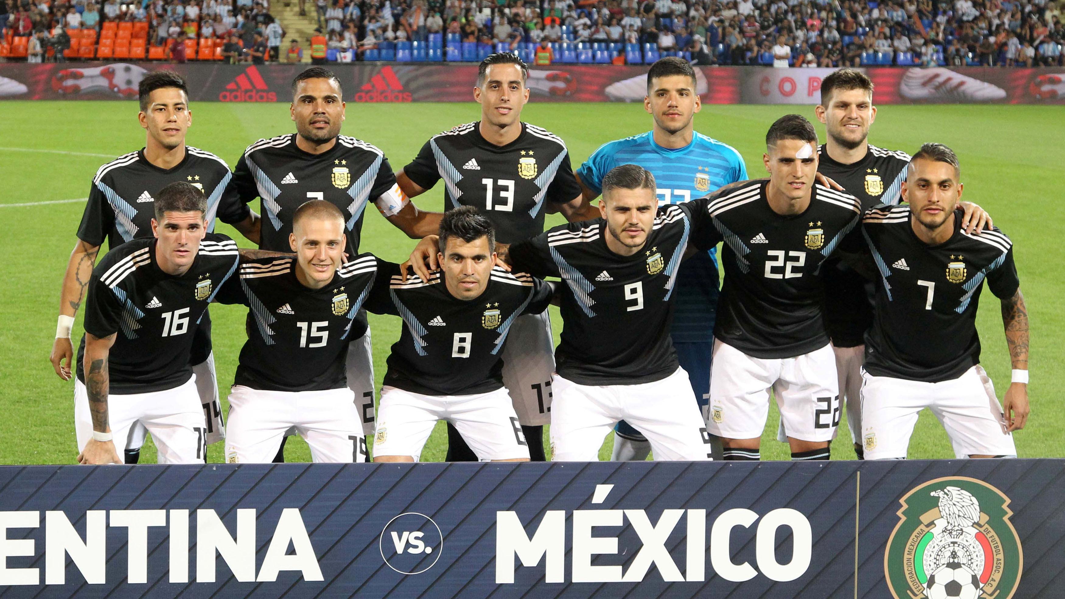 En el estadio Malvinas Argentinas de Mendoza, la Selección volvió a imponer su jerarquía frente al conjunto azteca. El triunfo le termina de abrir la puerta a su continuidad al entrenador hasta hoy interino (REUTERS)