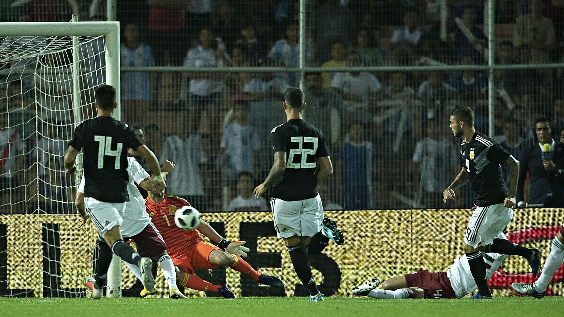 Mauro Icardi anotó el primero al minuto de juego, tras una gran acción individual