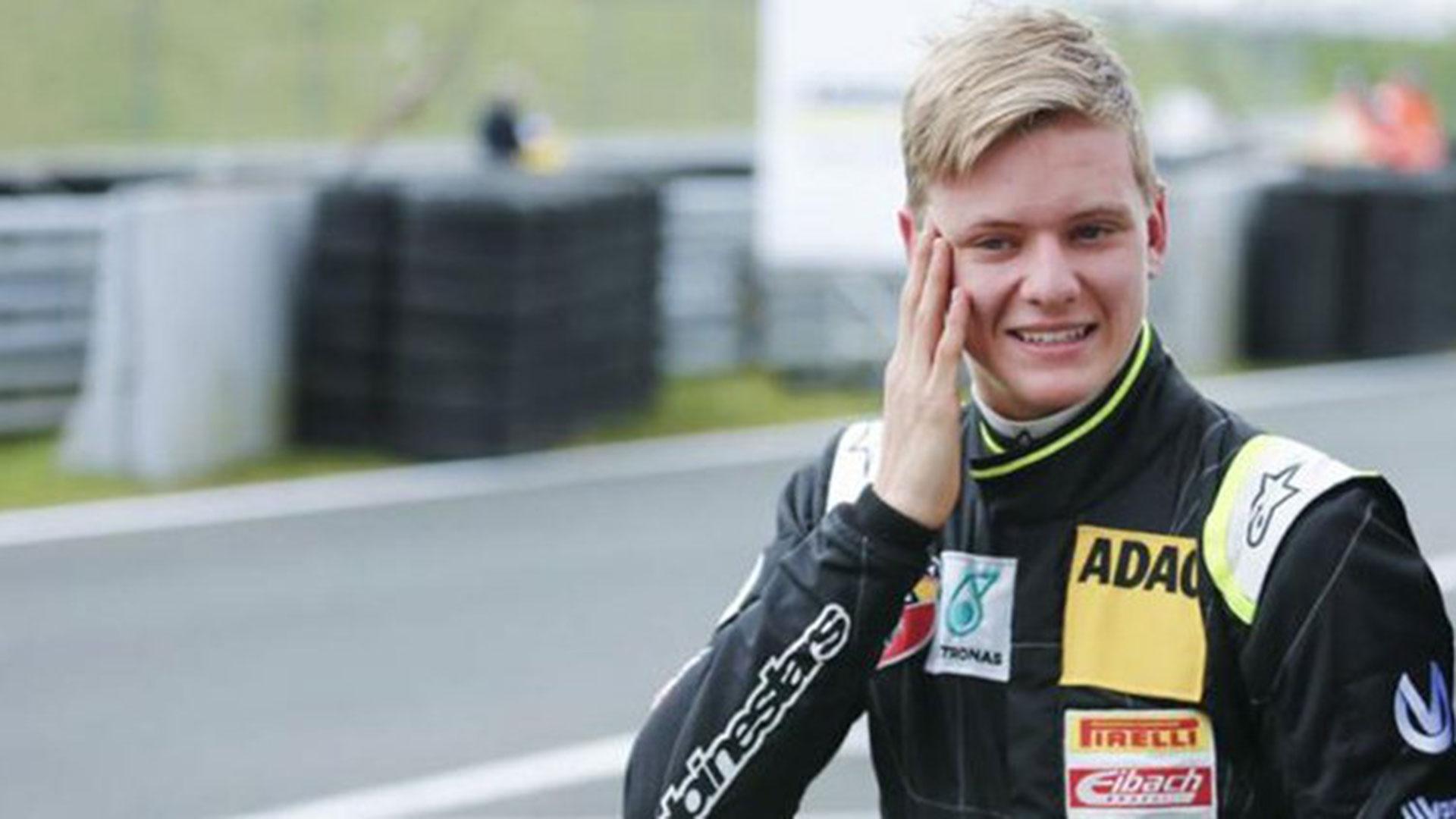 (Reuters) Mick Schumacher comenzó a trabajar con Ferrari