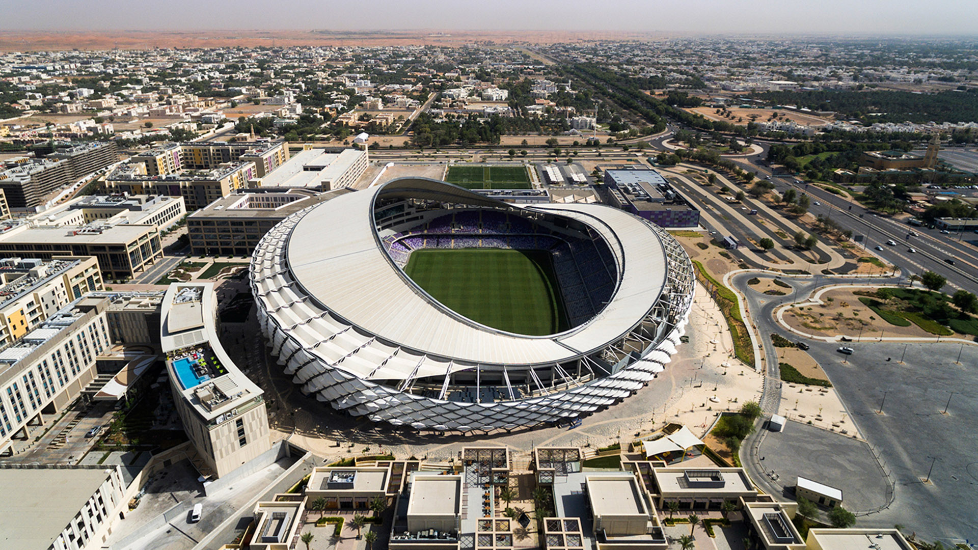 El estadio donde se jugará el 18 de diciembre el equipo ganador de Argentinaes el Hazza bin Zayed, del equipo de fútbol Al-Ain FC