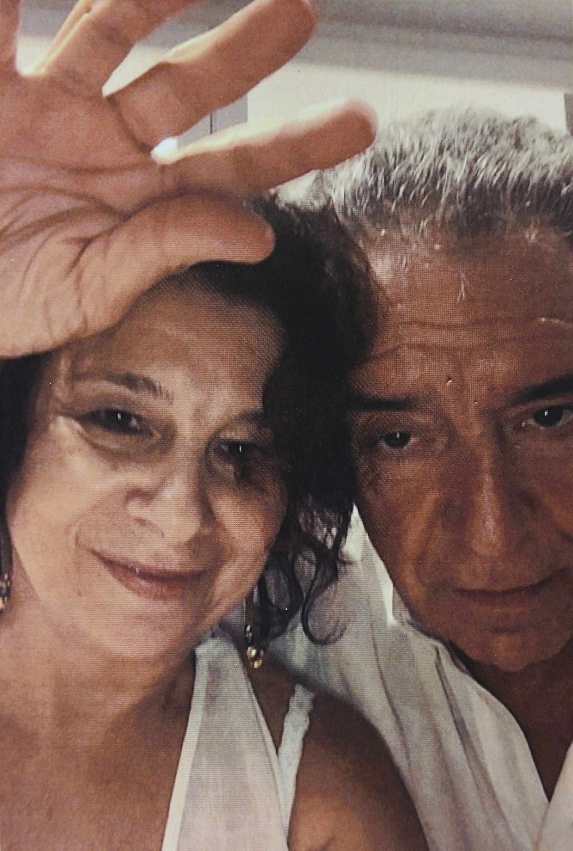 Con su actual pareja, Carlos Echegoyen (73).