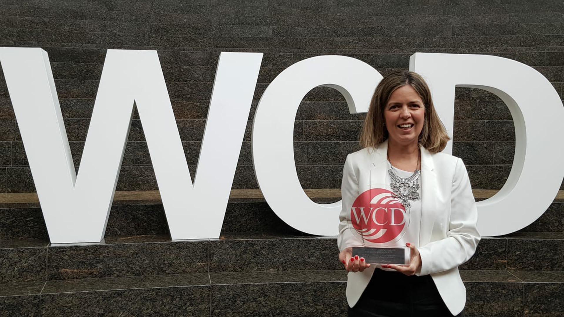 Rosario Altgelt, CEO de LATAM Argentina, recibió el premio de este año que entrega la WCD