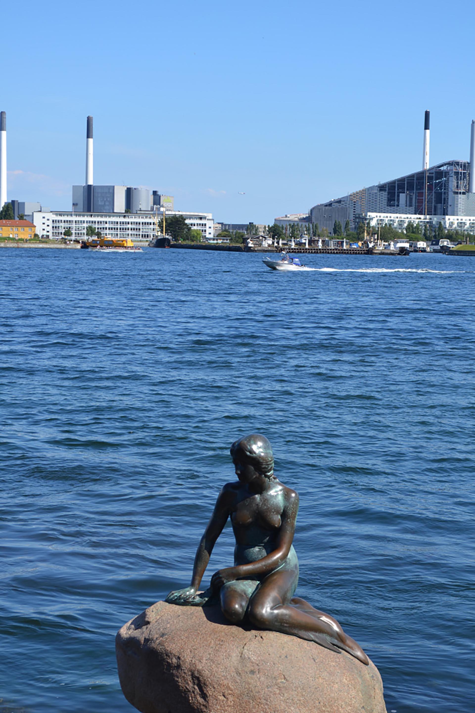 """La estatua de """"La Sirenita"""""""