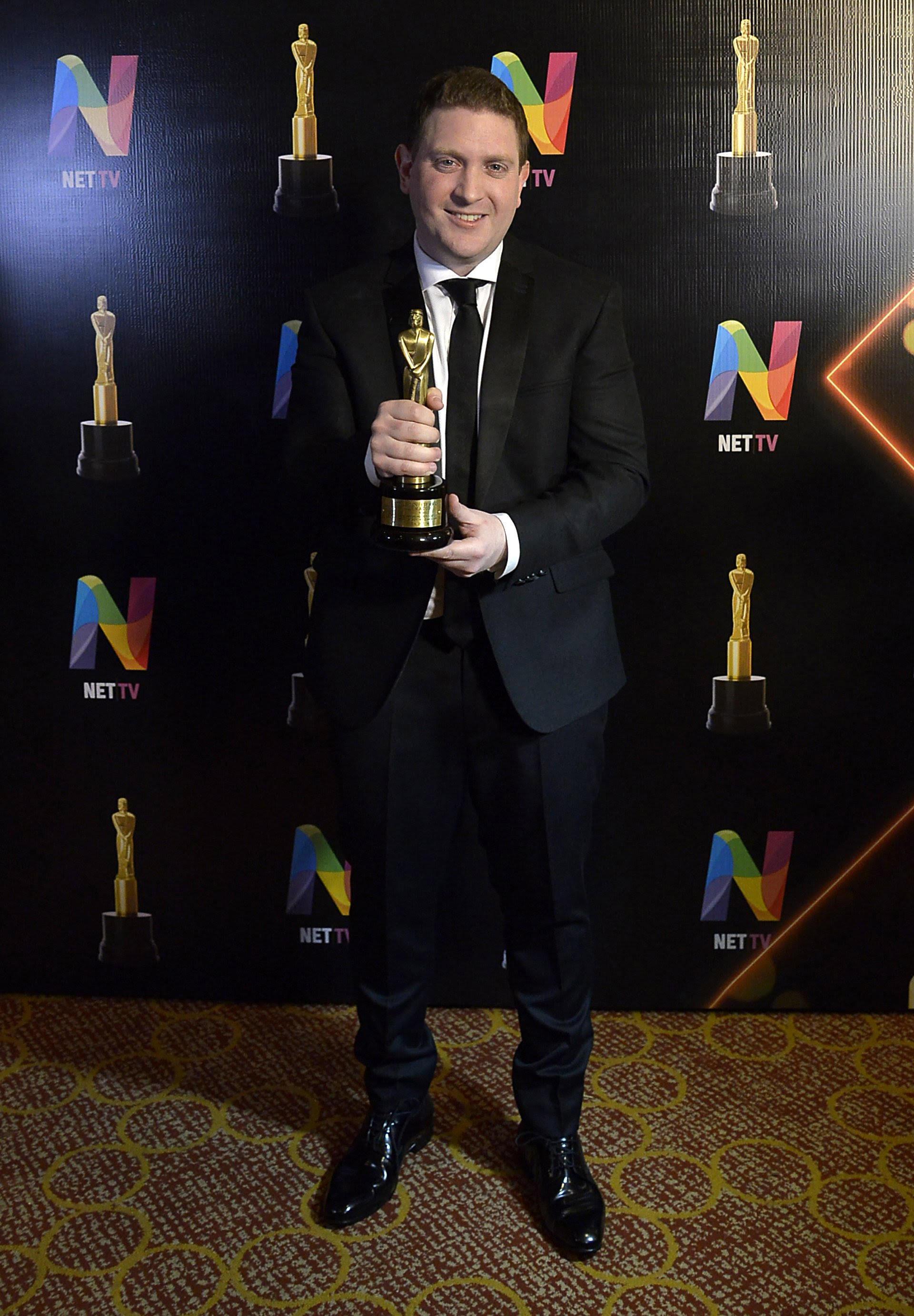 """Jonatan Viale: su programa, """"Viale 910"""", de radio La Red, fue el mejor programa periodístico vespertino AM"""