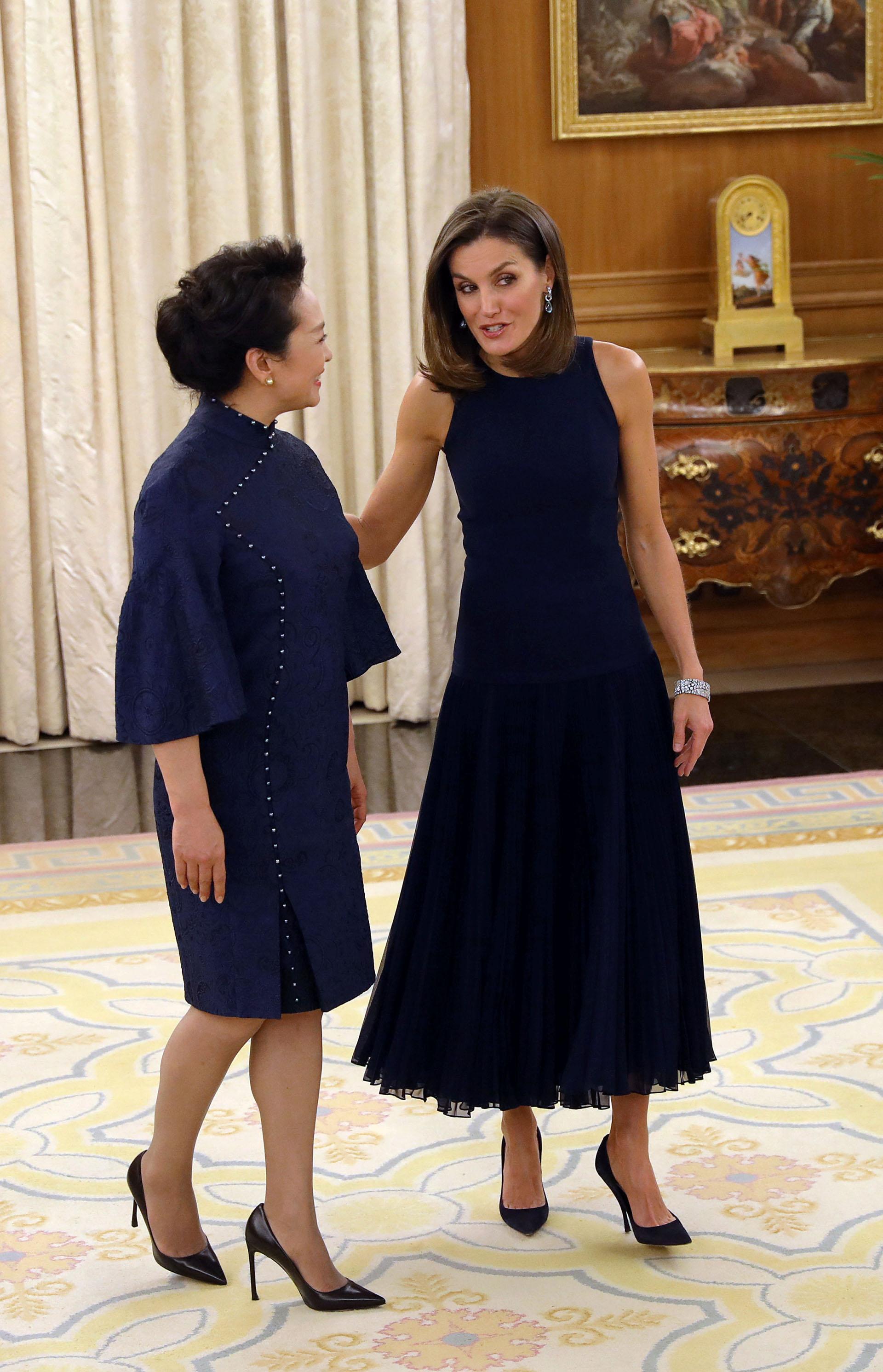 La reina Letizia y la primera dama china brillaron con su elegancia