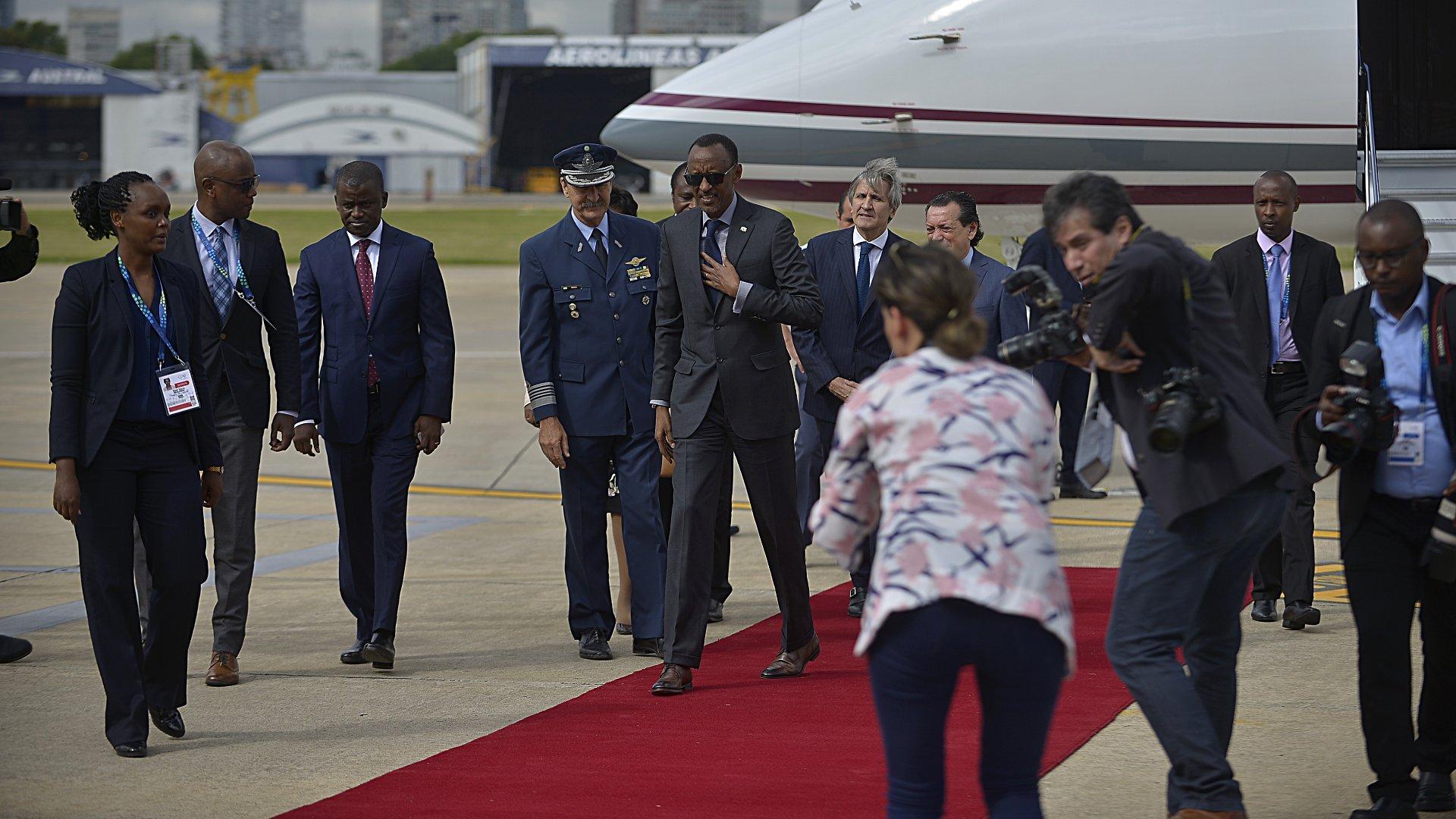 Otro de los mandatarios que pisó suelo argentino temprano fue Paul Kagame de Ruanda