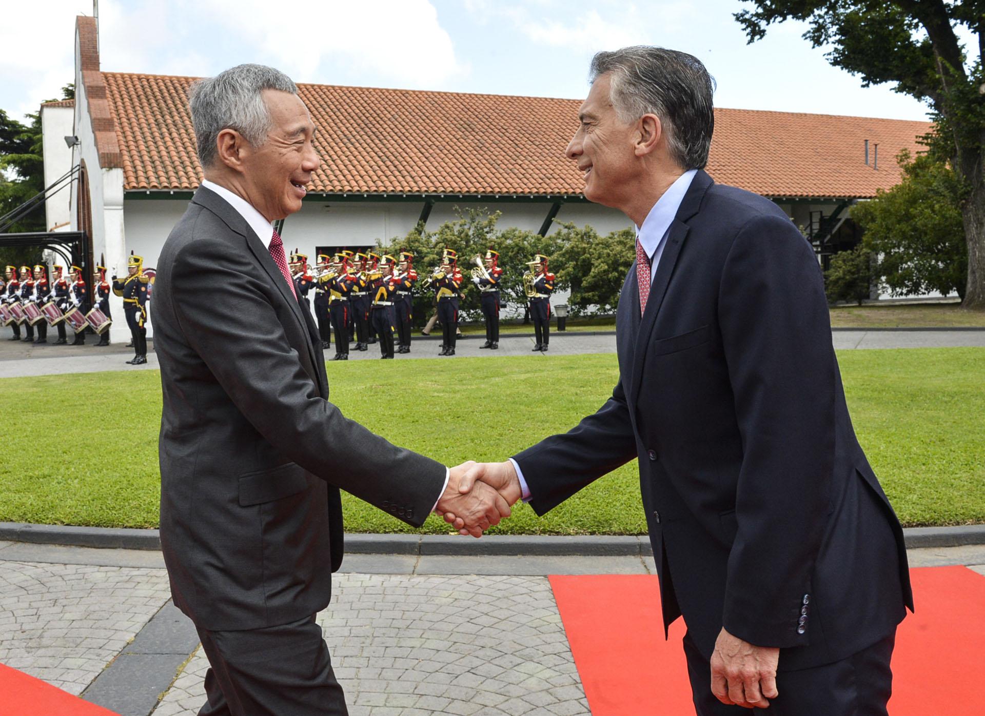 Mauricio Macri recibe al primer ministro de Singapur Lee Hsien Loong (AFP)