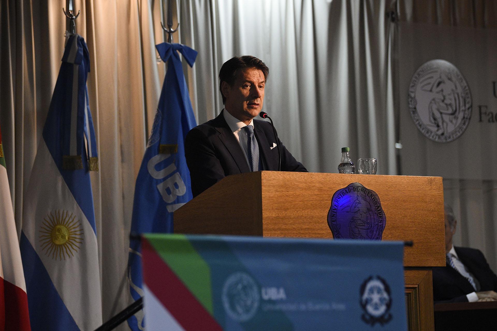 Giuseppe Conte (AP)