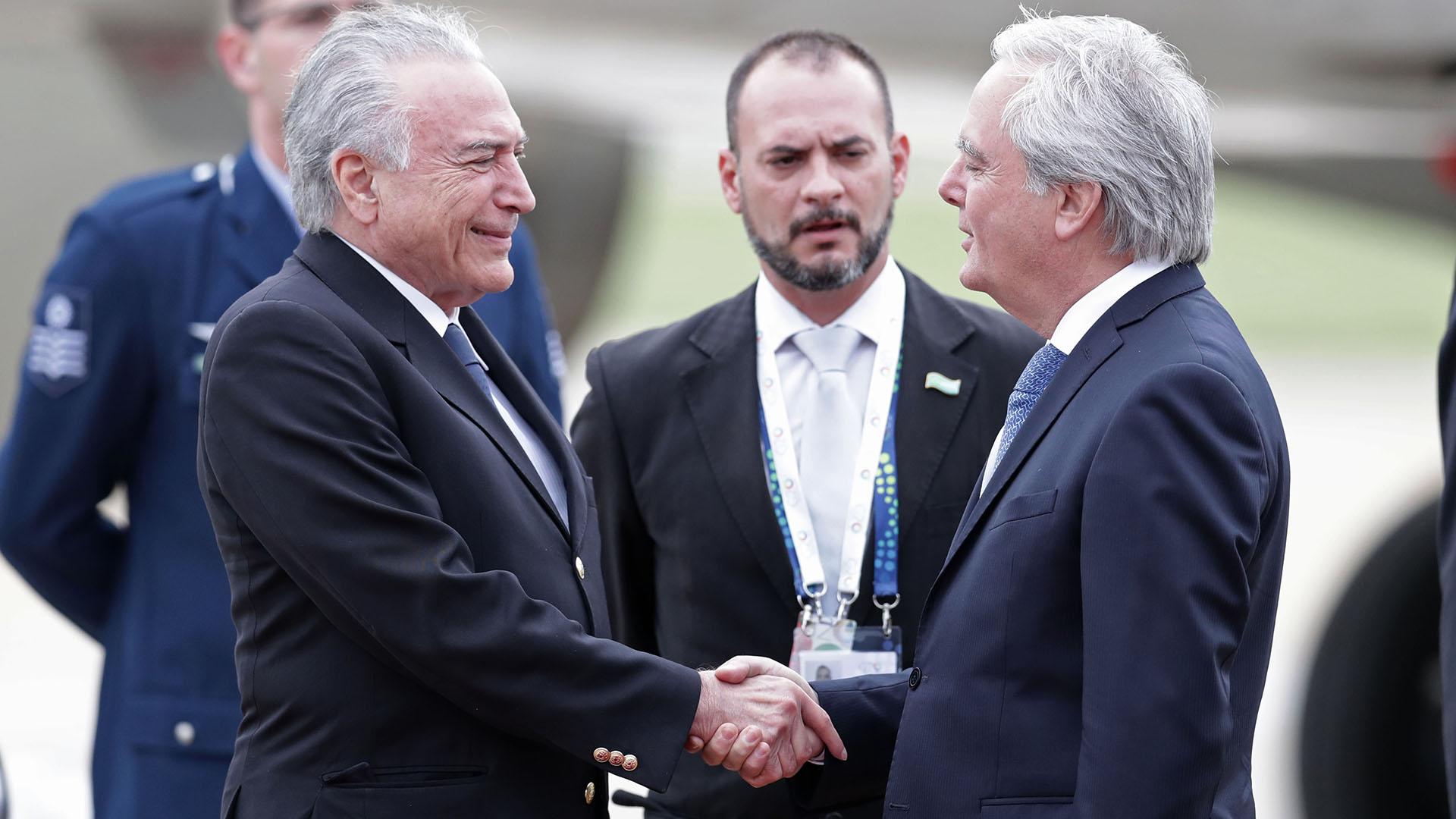 Michel Temer fue recibido por el senador Federico Pinedo