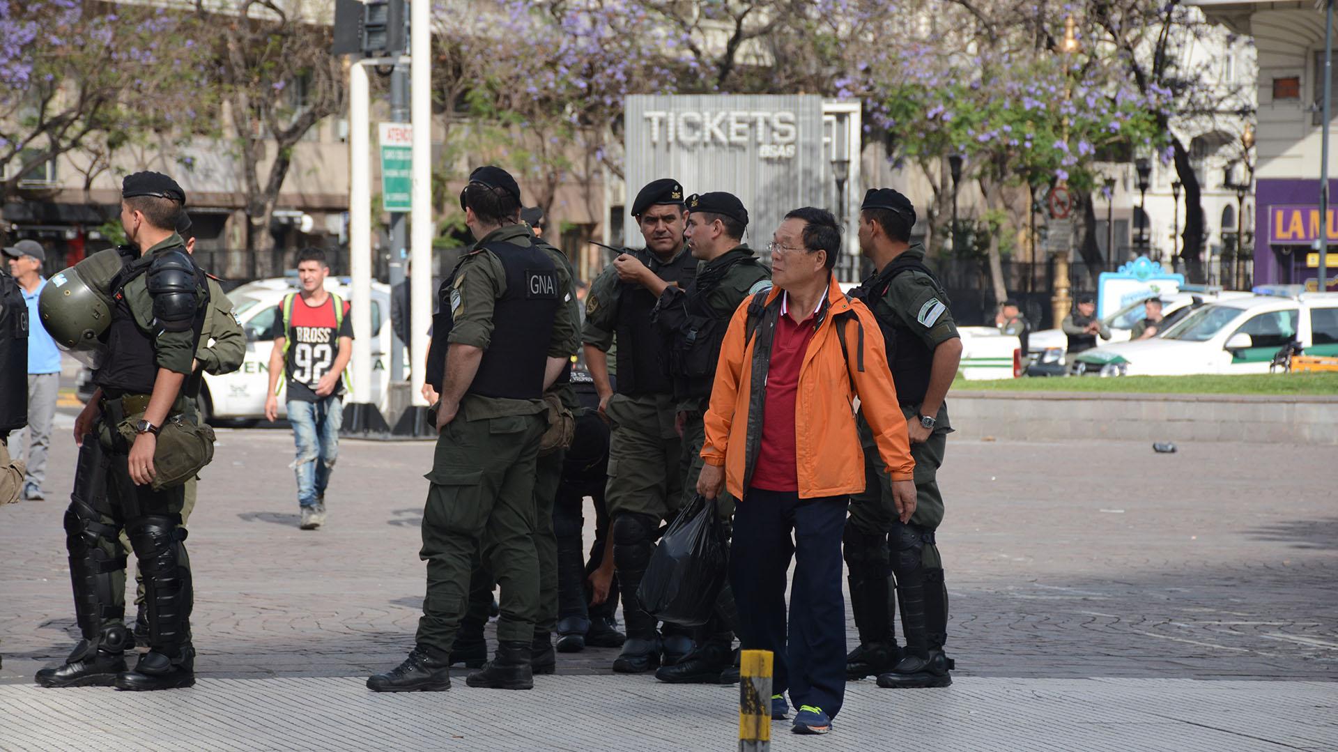 """La consigna de la marcha del viernes 30 es """"No al G20, Abajo el acuerdo Macri – FMI, Fuera Trump y demás líderes imperialistas, Fuera Bolsonaro, Por el no pago de la deuda externa"""""""