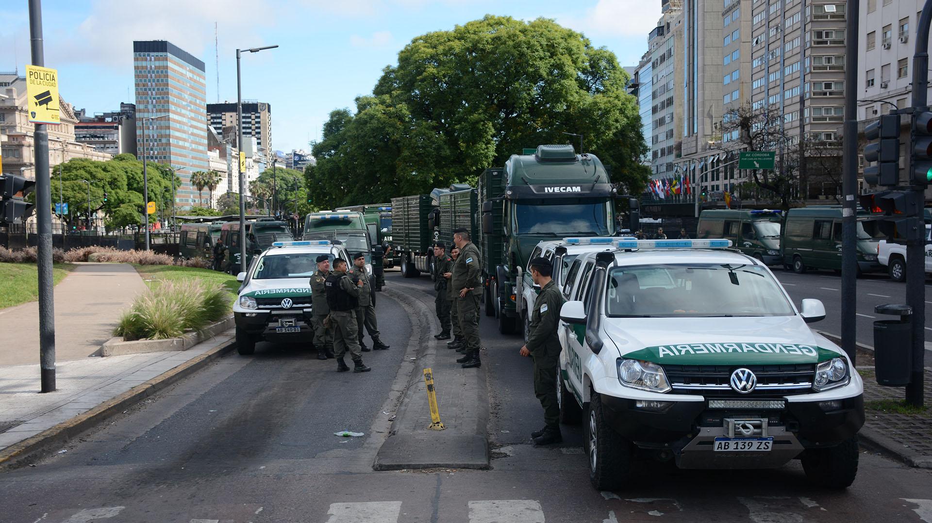 """Los organizadores habían pretendido que se las autorizara a marchar hacia Plaza de Mayo, como """"lugar emblemático"""", pero no fueron autorizados"""