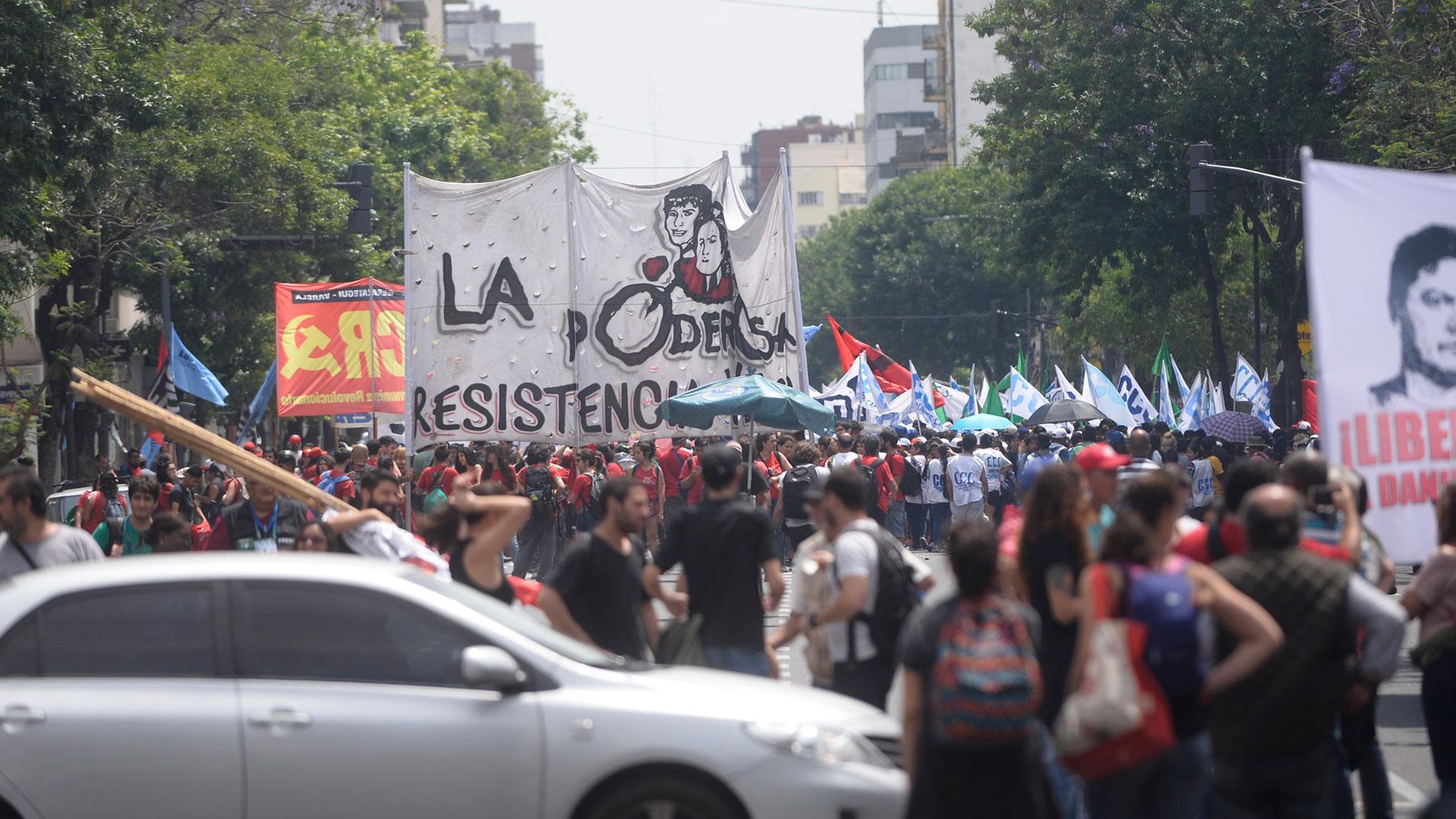 Durante la protesta hubo cánticos contra Mauricio Macri, Jair Bolsonaro y Donald Trump