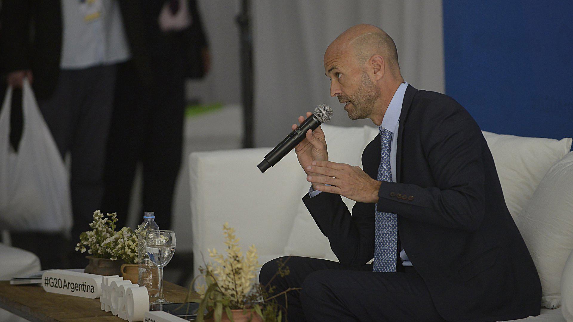 El ministro de Transporte, Guillermo Dietrich, estuvo presente en la cumbre