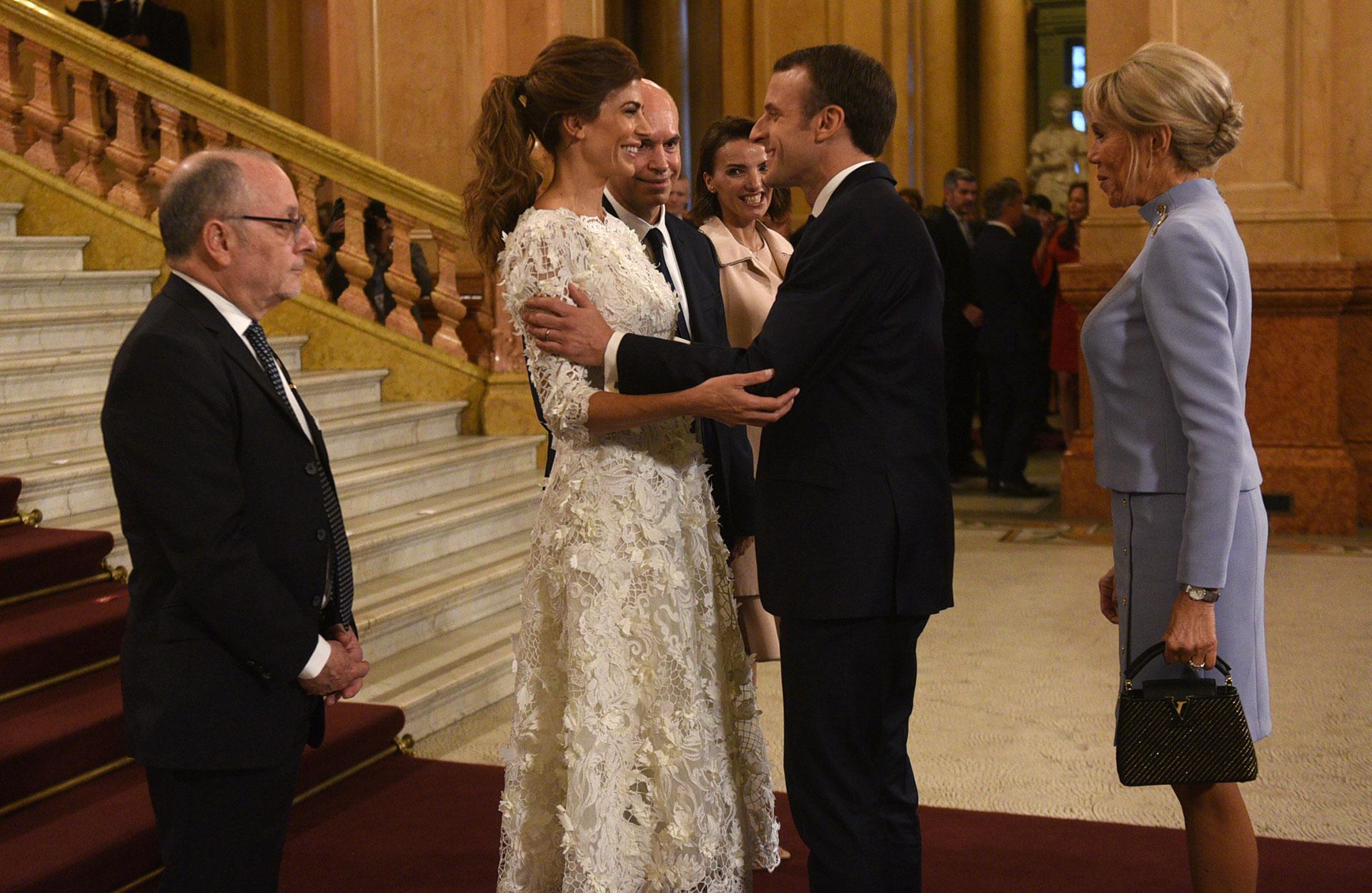 El canciller Jorge Faurie y Juliana Awada reciben al presidente de Francia, Emmanuel Macron, y su mujer Brigitte