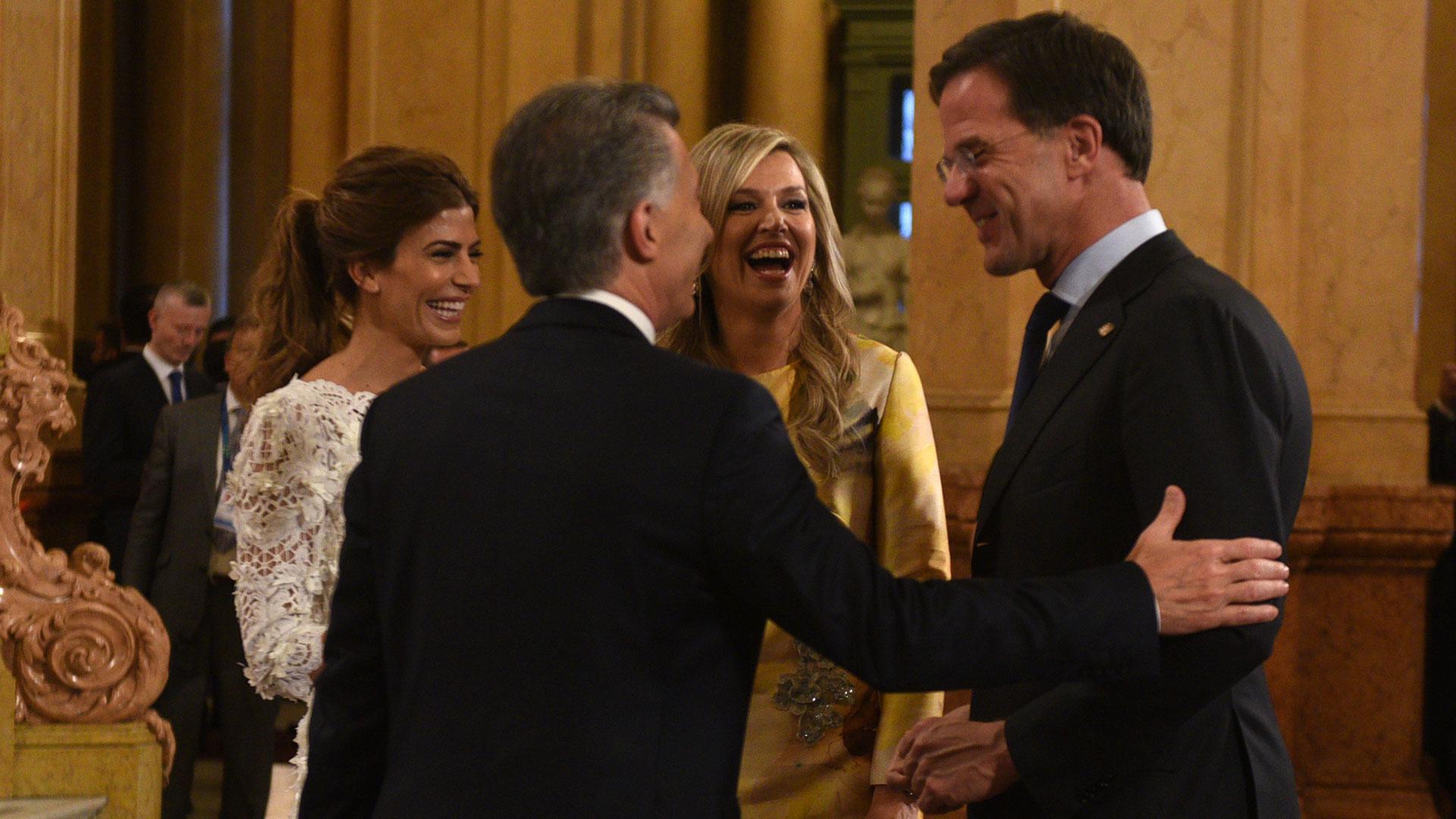 La reina Máxima de Holanda junto a Mauricio Macri, Juliana Awada yMark Rutte, Primer MinistrodeHolanda