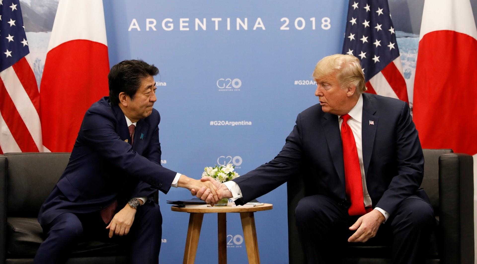 Donald Trump y Shinzo Abetambién tuvieron una reunión bilateral