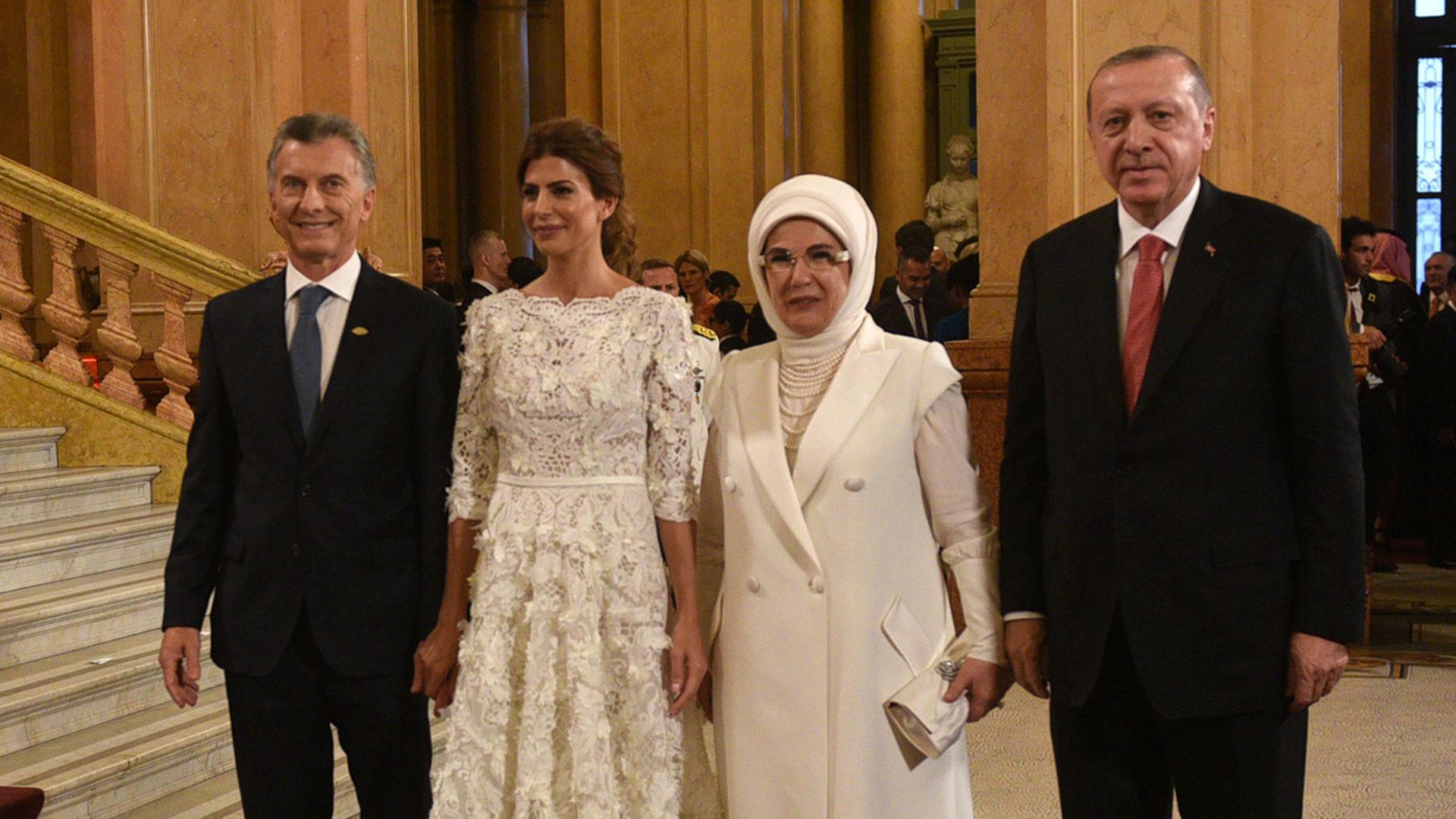 Macri, Awada junto a el presidente turco Recep Tayyi Erdogan y su esposa Emine Erdogan
