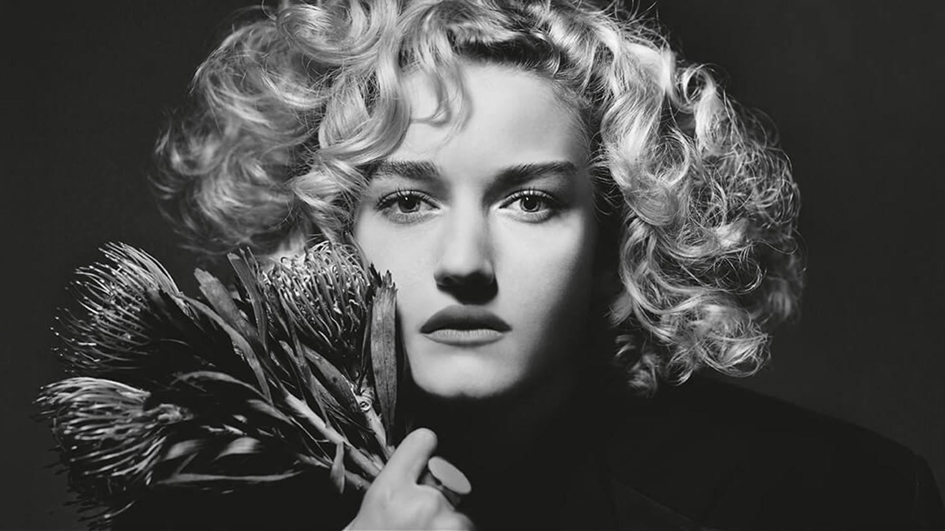 Garner, un actriz en ascenso en Hollywood, fue una de las elegidas para la producción 2019 de Pirelli