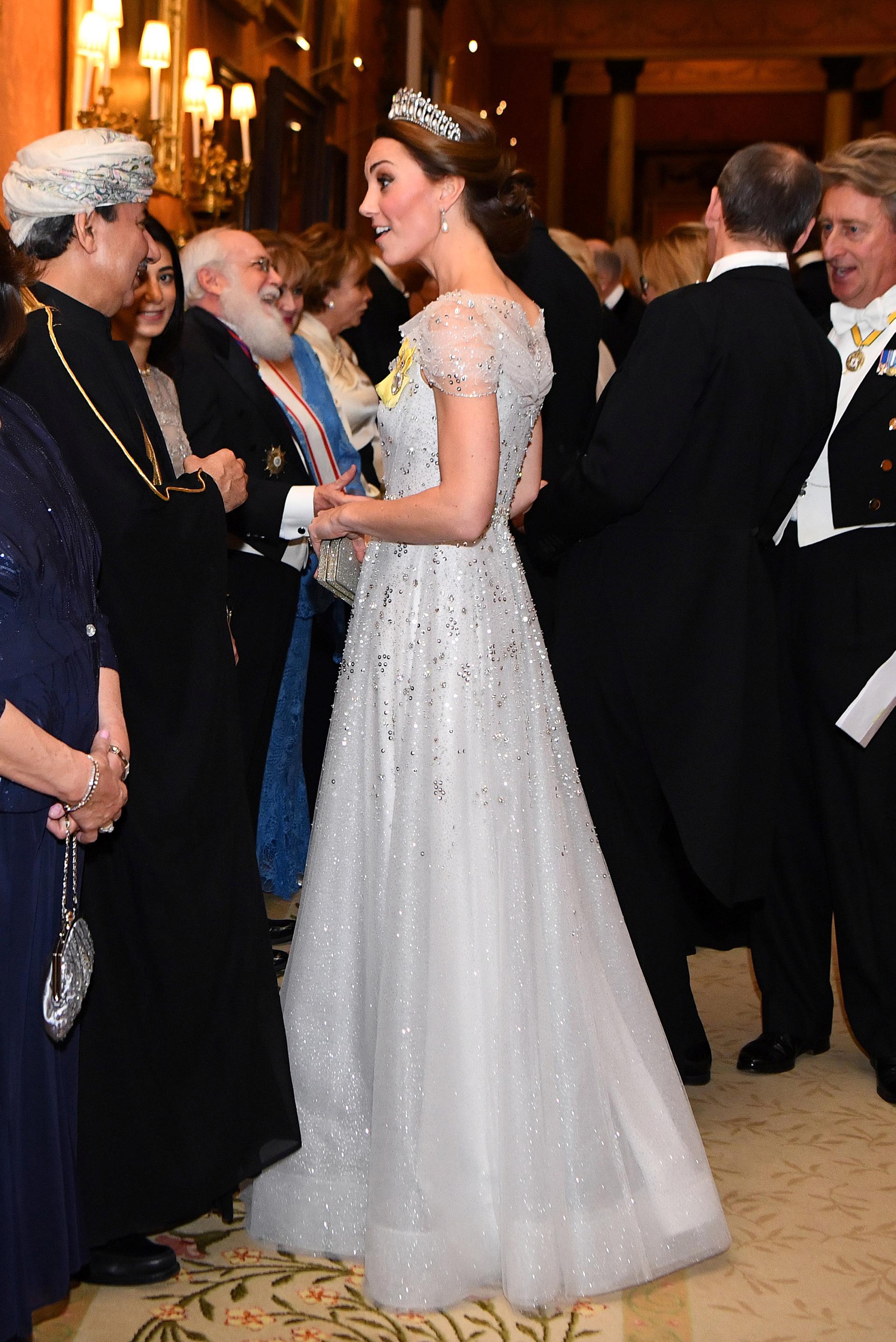 La frescura y elegancia de Catalina de Cambridge impactó a los invitados /// Fotos: Reuters