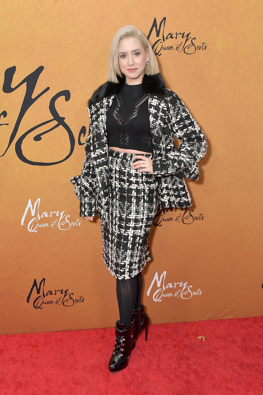 """La hija mayor de Alberto de Mónaco (fruto de su relación con Tamara Rotolo), Jazmin Grace Grimaldi, estuvo entre los invitados que asistieron a la premiere de """"María, reina de Escocia"""", que se llevó a cabo en el Paris Theater de Nueva York"""