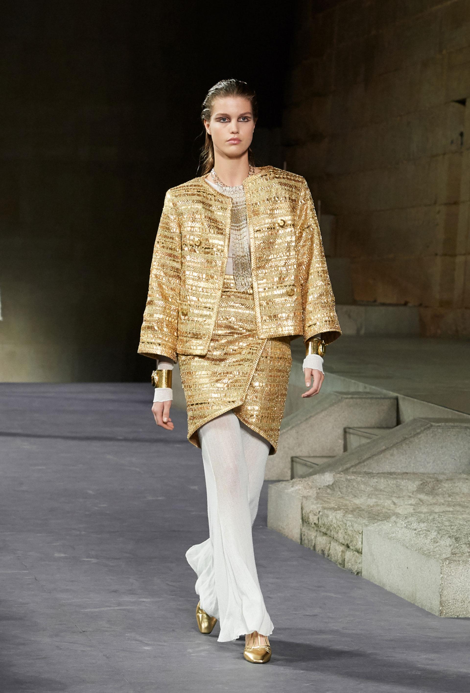 Vestidos ligeros que emulan las túnicas egipcias