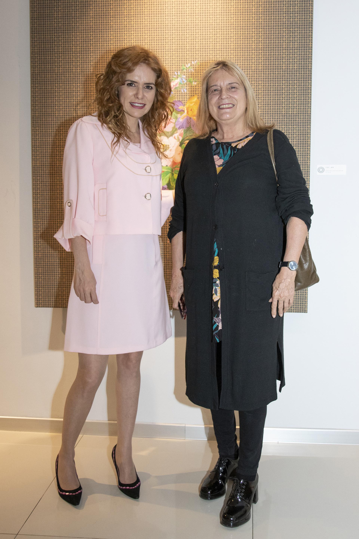 Karina El Azem y la artista plástica Zulema Maza