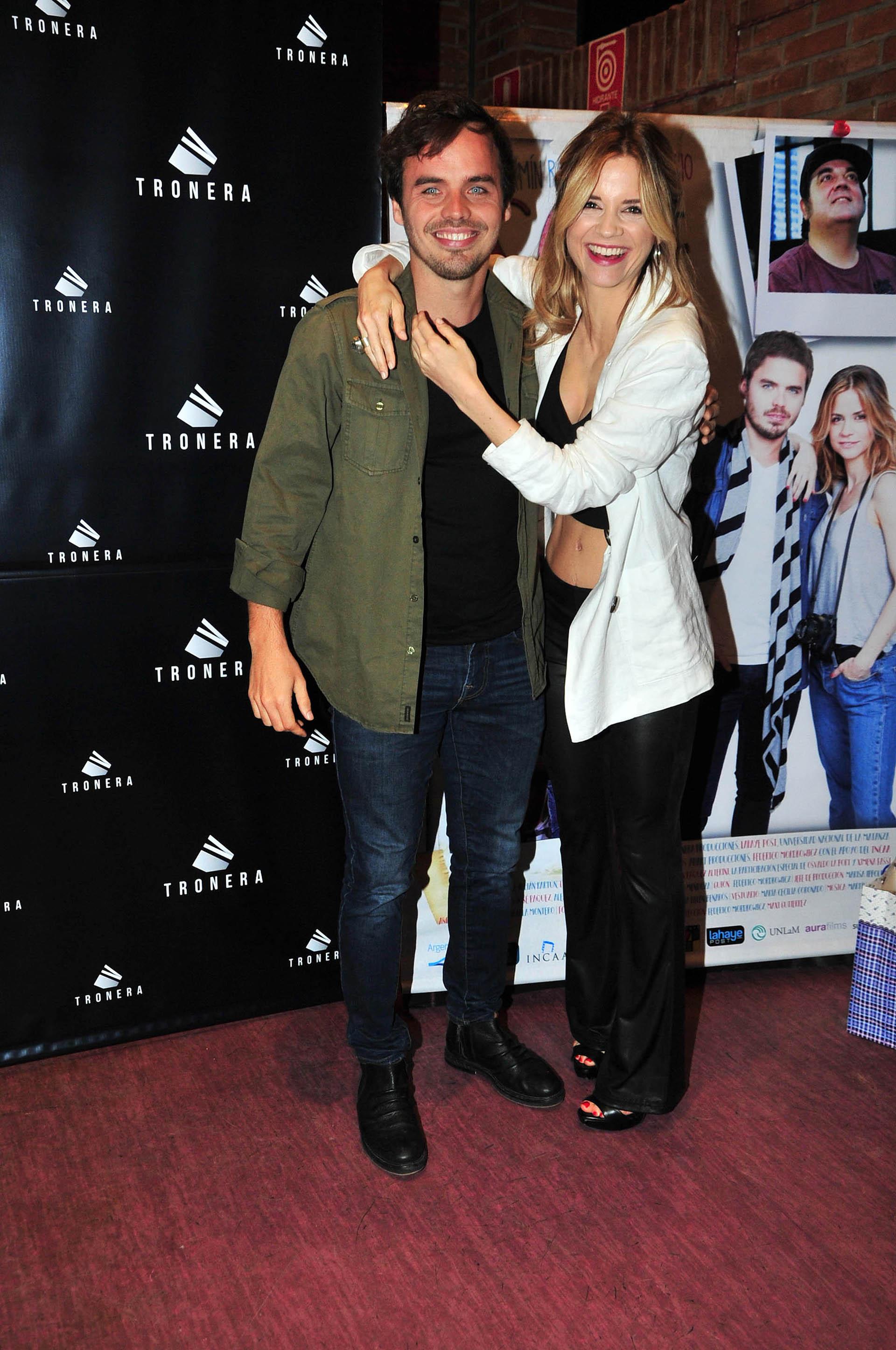 """Benjamín Rojas y Paula Cancio en el estreno de la película """"Eso que nos enamora"""" (Teleshow)"""