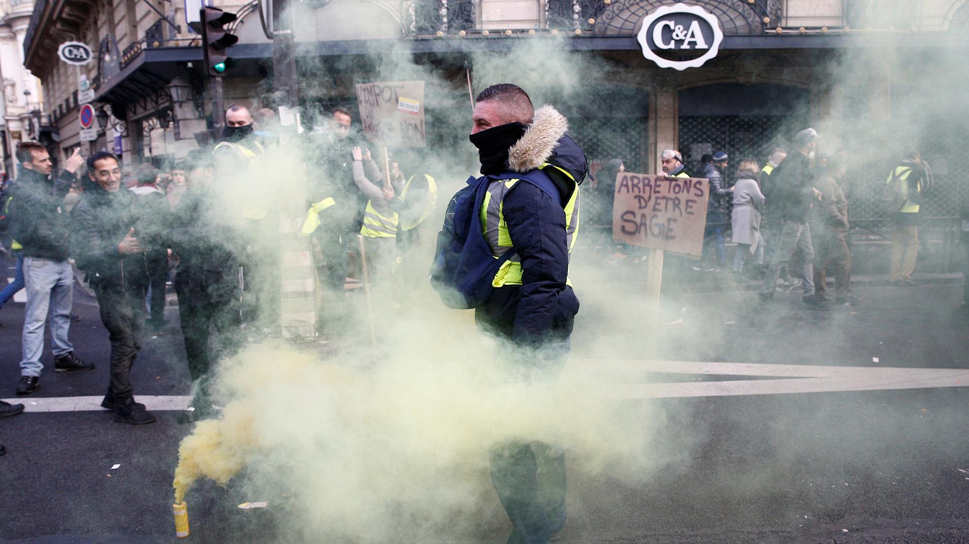 Cerca de 90.000 policías están movilizados en todo el territorio (REUTERS/Stephane Mahe)
