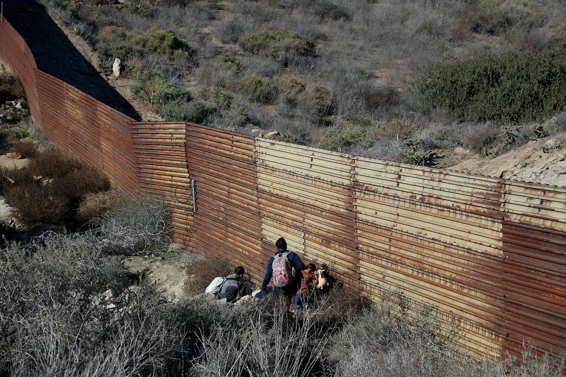 Los arrestos de inmigrantes indocumentados en la frontera con México ascendieron en el pasado mes de noviembre a 51.856 personas, un nuevo récord desde que Donald Trump asumiera la Presidencia en enero de 2017